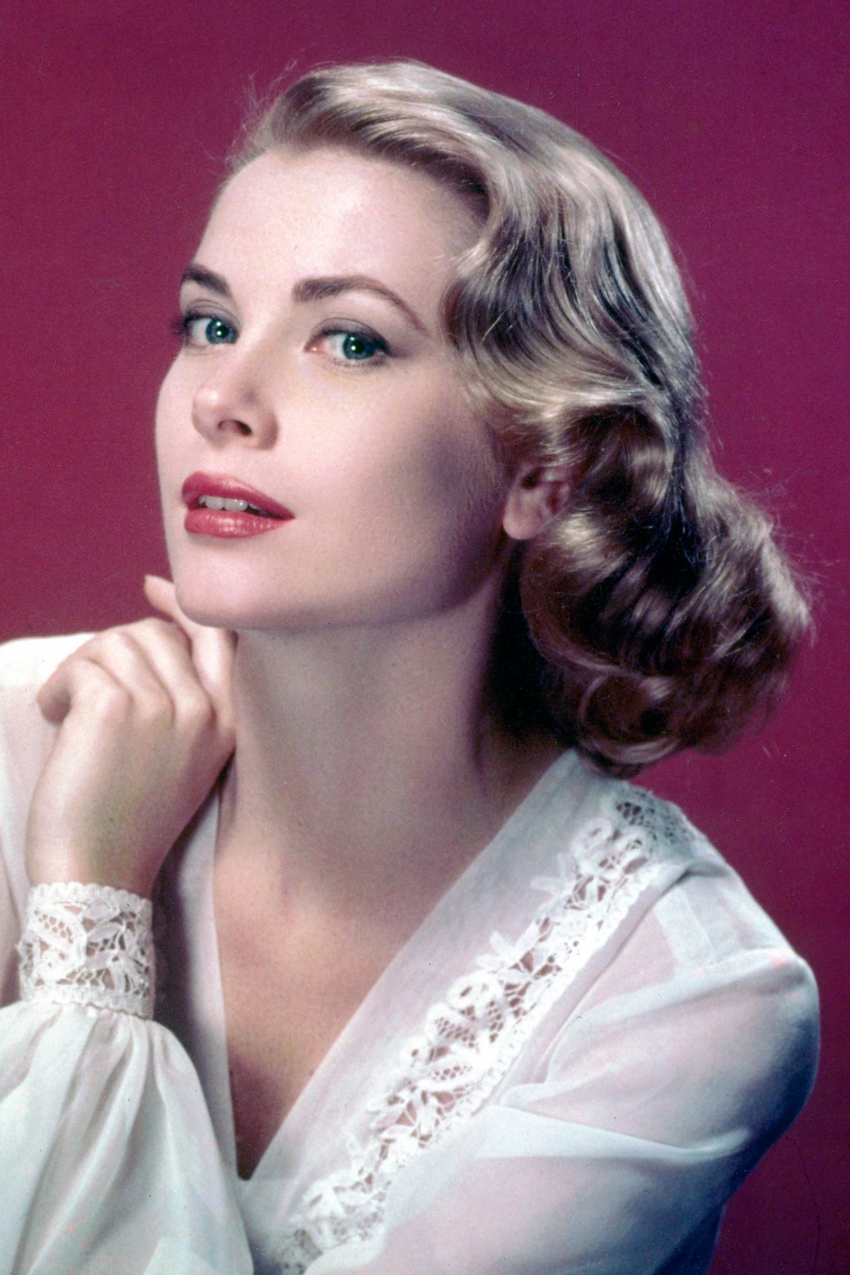 <strong>1955: Grace Kelly - <i>The Country Girl</i></strong>