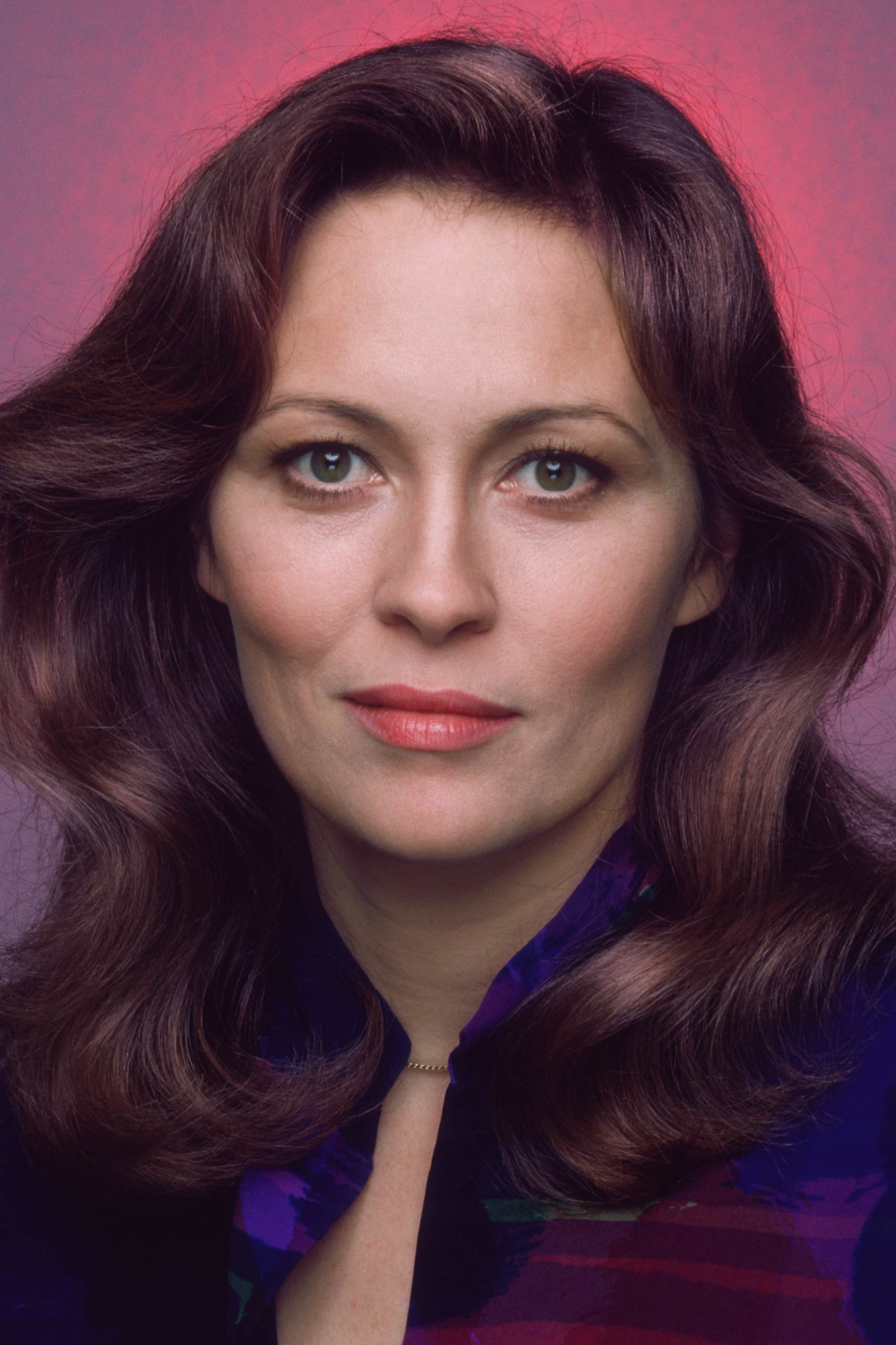 <strong>1977: Faye Dunaway - <i>Network</i></strong>