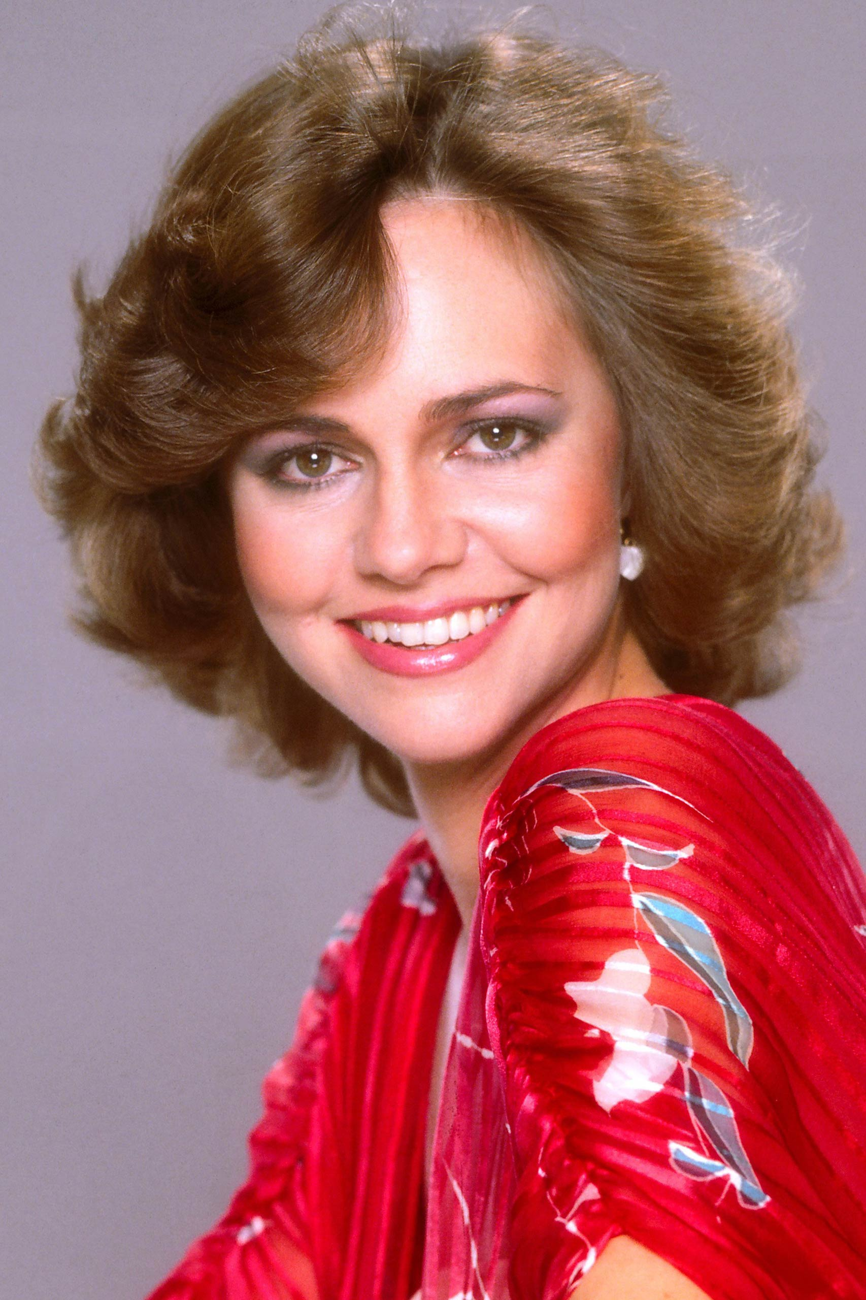 <strong>1980: Sally Field - <i>Norma Rae</i>                                   1985: Sally Field - <i>Places in the Heart</i></strong>