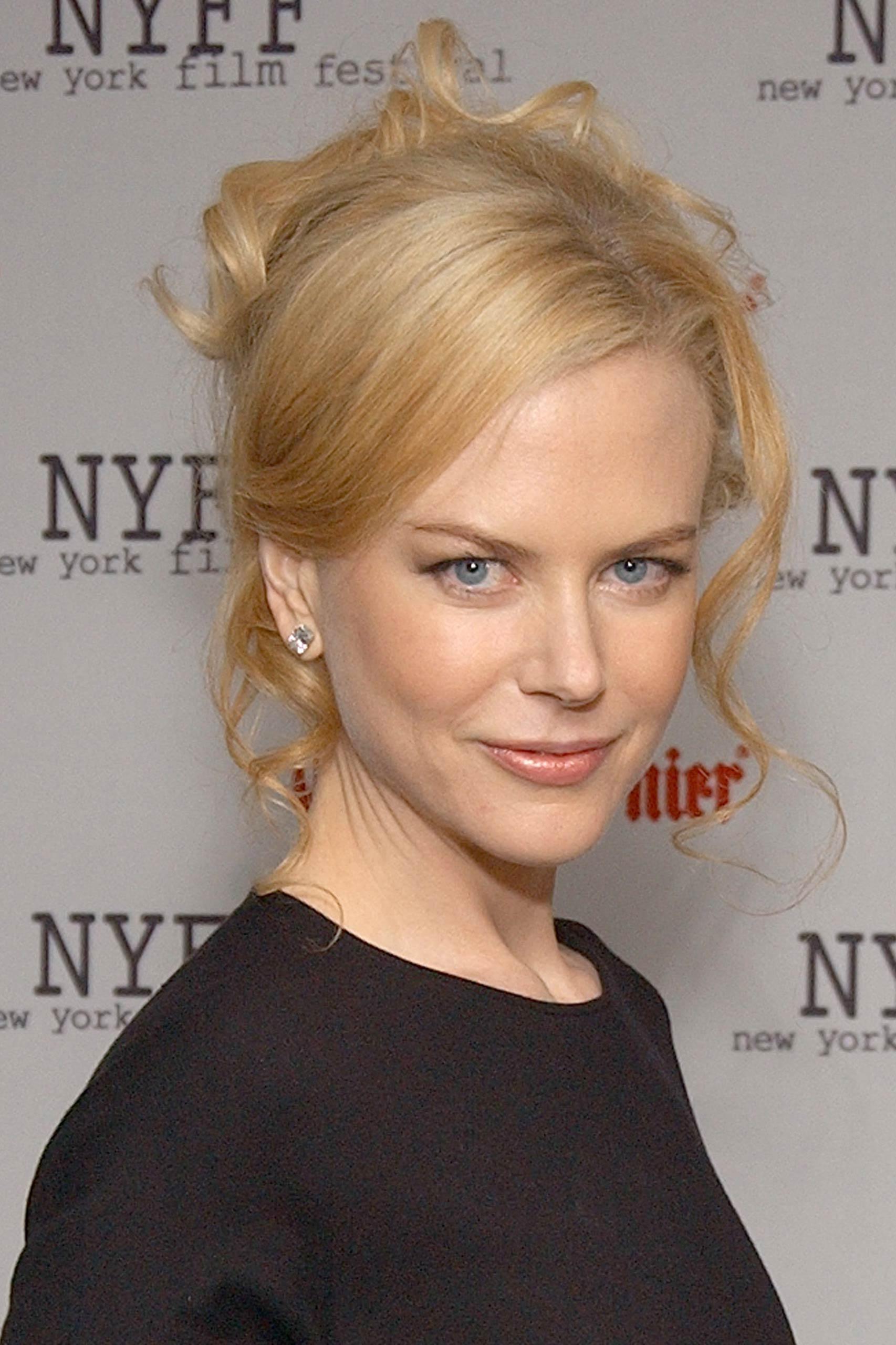 <strong>2003: Nicole Kidman - <i>The Hours</i></strong>