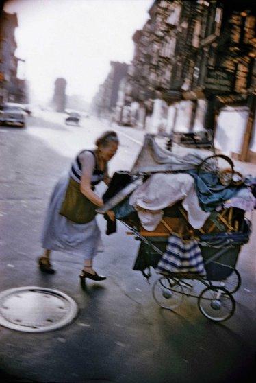 Bruce Davidson. USA. New York City. 1957. Lower East Side.