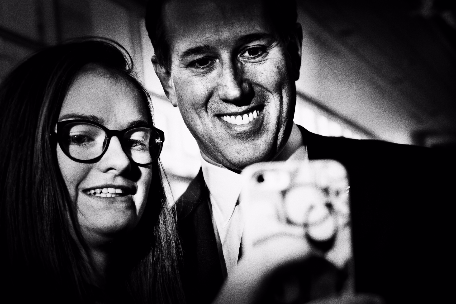 Rick Santorum takes a selfie with a supporter at CPAC in National Harbor, Md. on Feb. 27, 2015.