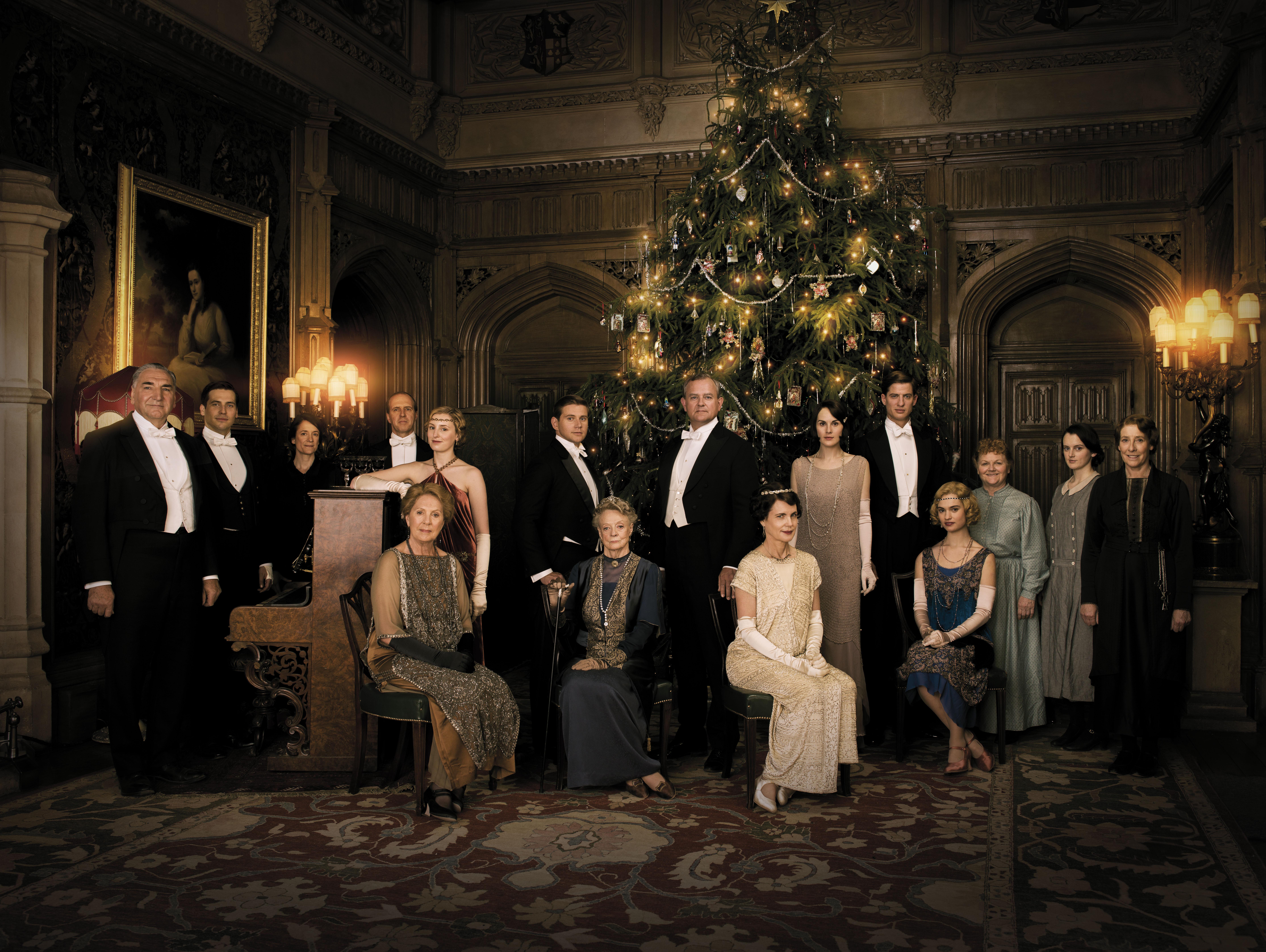 The Season 5 cast of 'Downton Abbey'