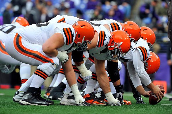 The Cleveland Browns warm up before the game against the Baltimore Ravens at M&T Bank Stadium in Baltimore on Dec. 28, 2014