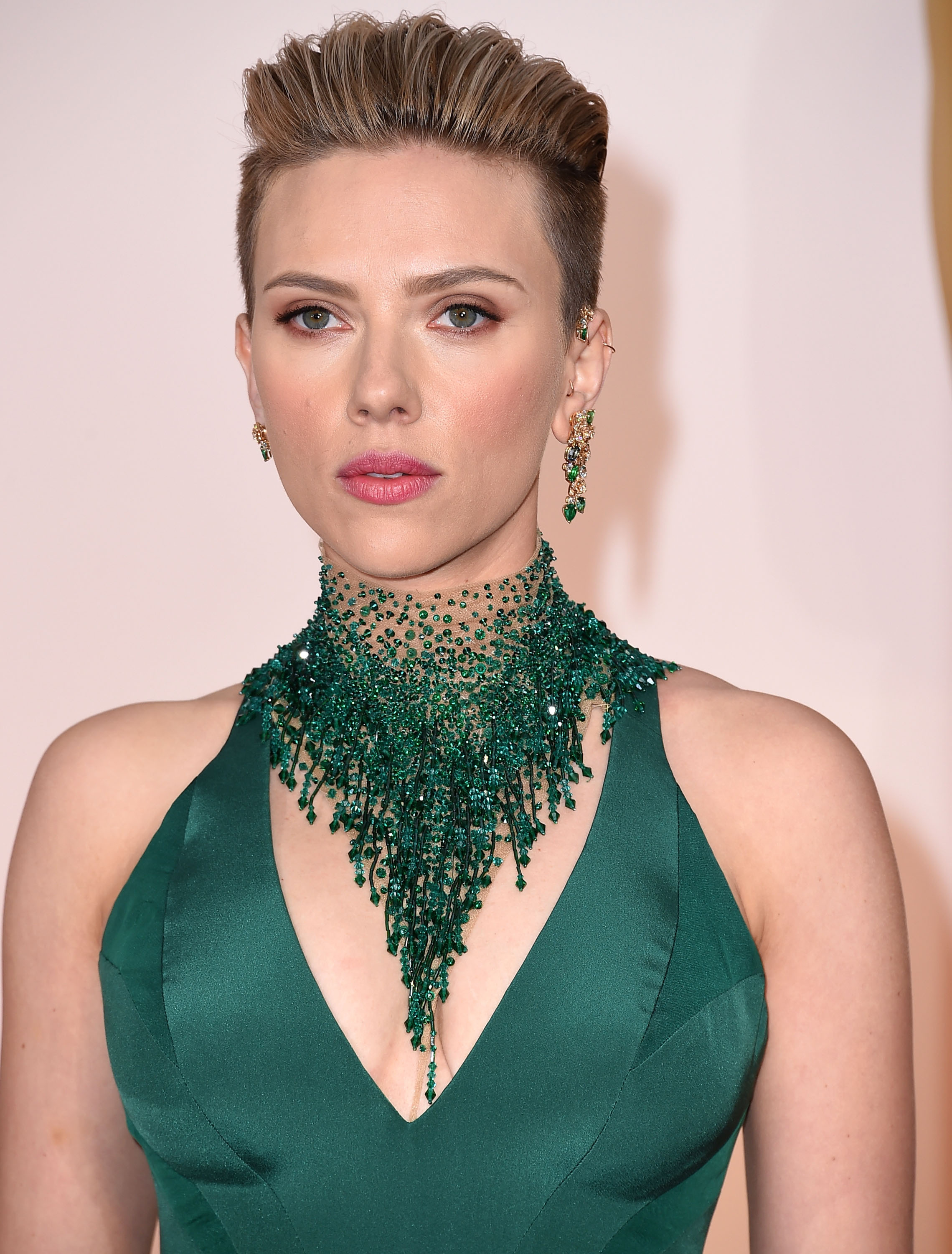 Scarlett Johansson arrives at the 87th Annual Academy Awards at Hollywood & Highland Center on February 22, 2015 in Hollywood, California.  (Photo by Steve Granitz/WireImage)
