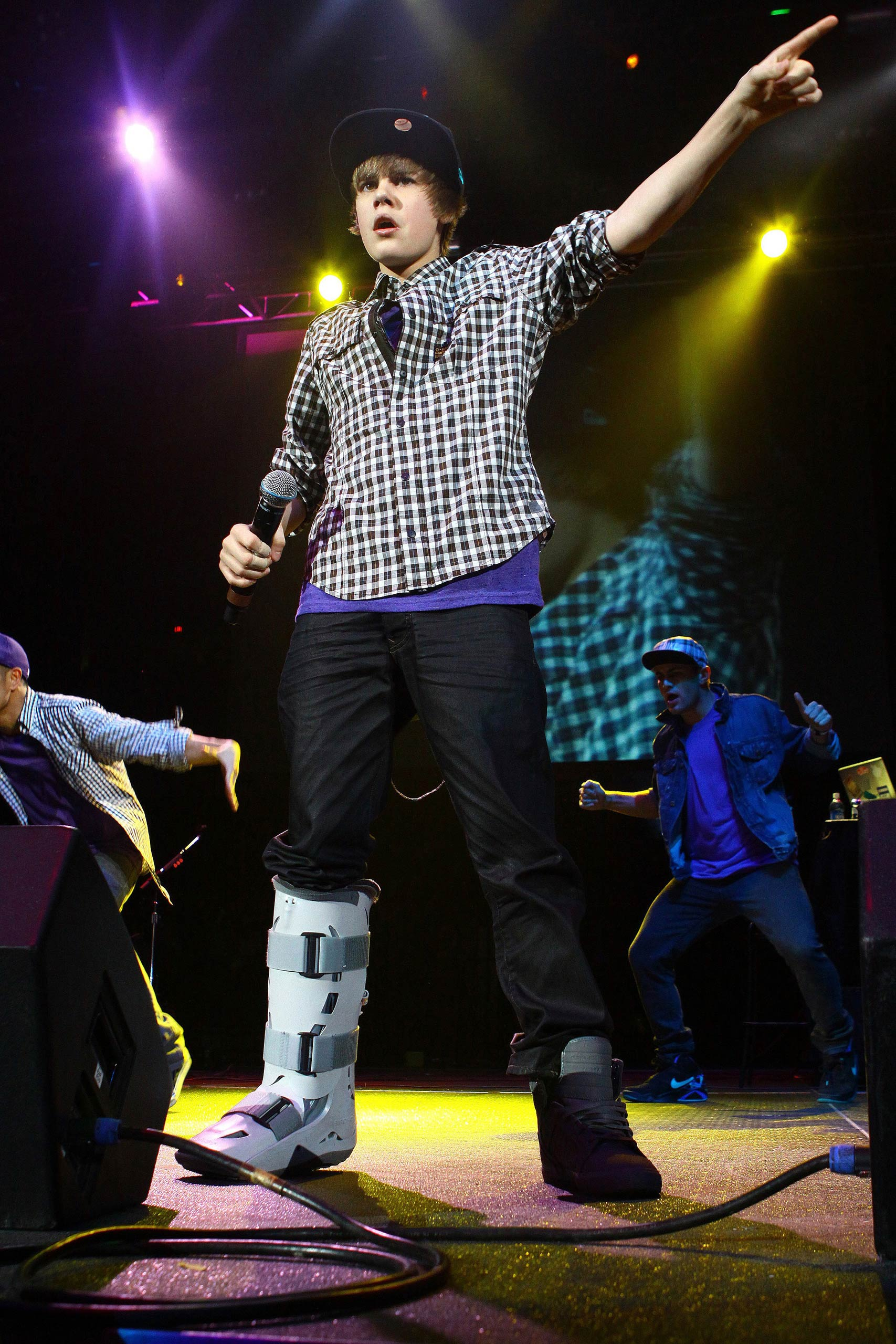 Justin Bieber performs at the Allstate Arena in Rosemont, Ill. in 2009.