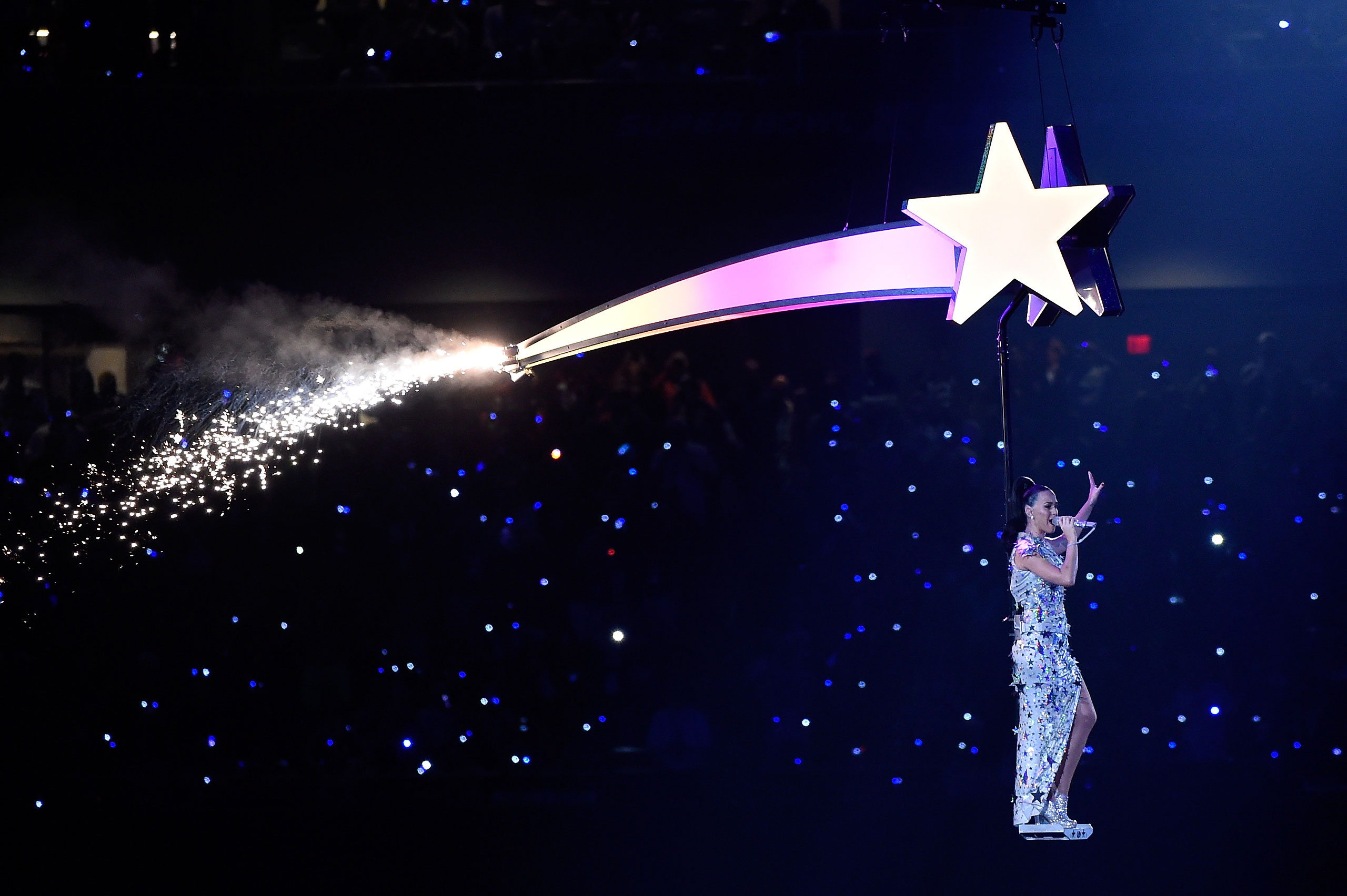 Katy Perry performs during the Pepsi Super Bowl XLIX Halftime Show at University of Phoenix Stadiumon Feb. 1, 2015 in Glendale, Ariz.