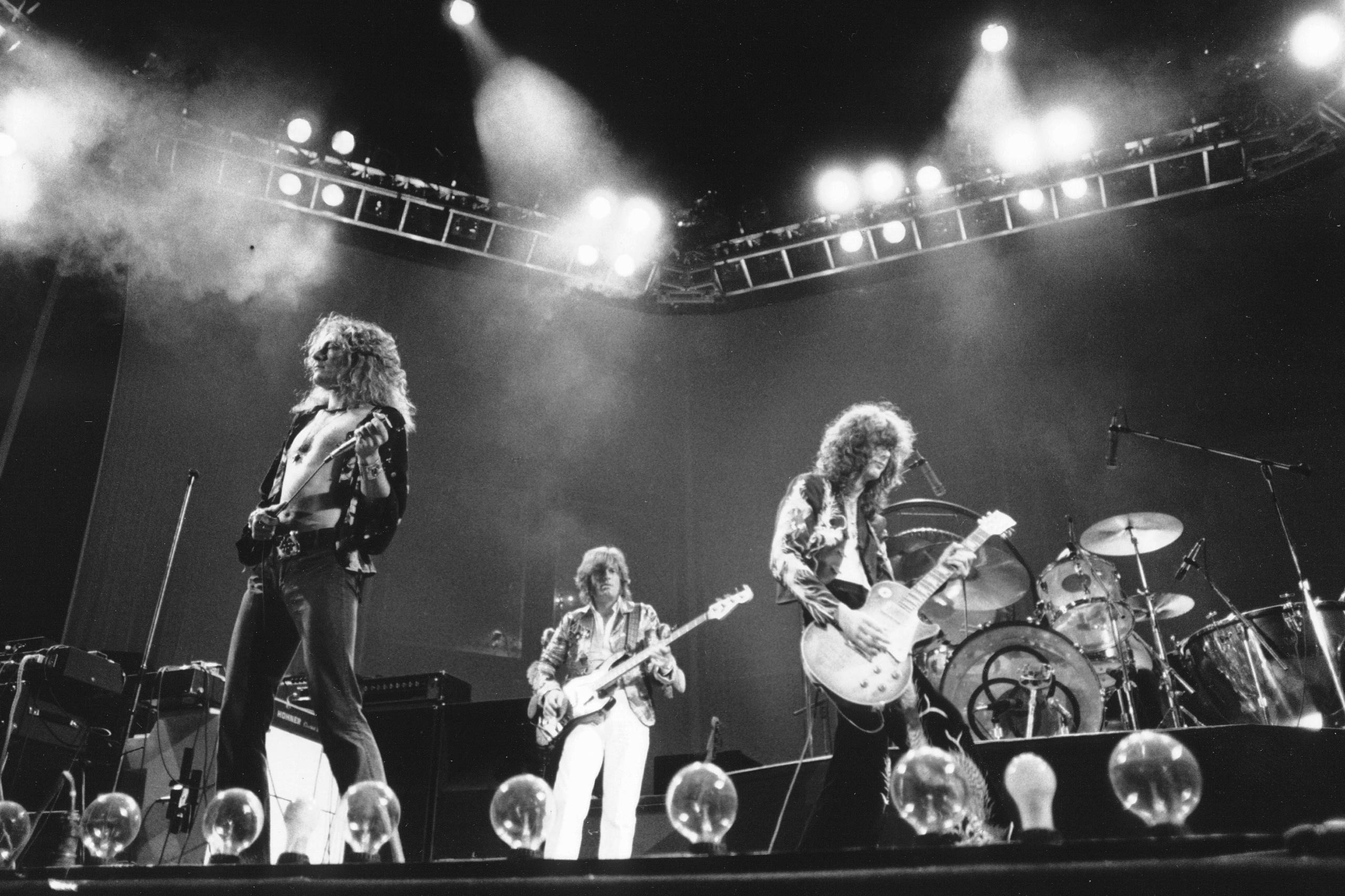 <strong>Led Zeppelin</strong>