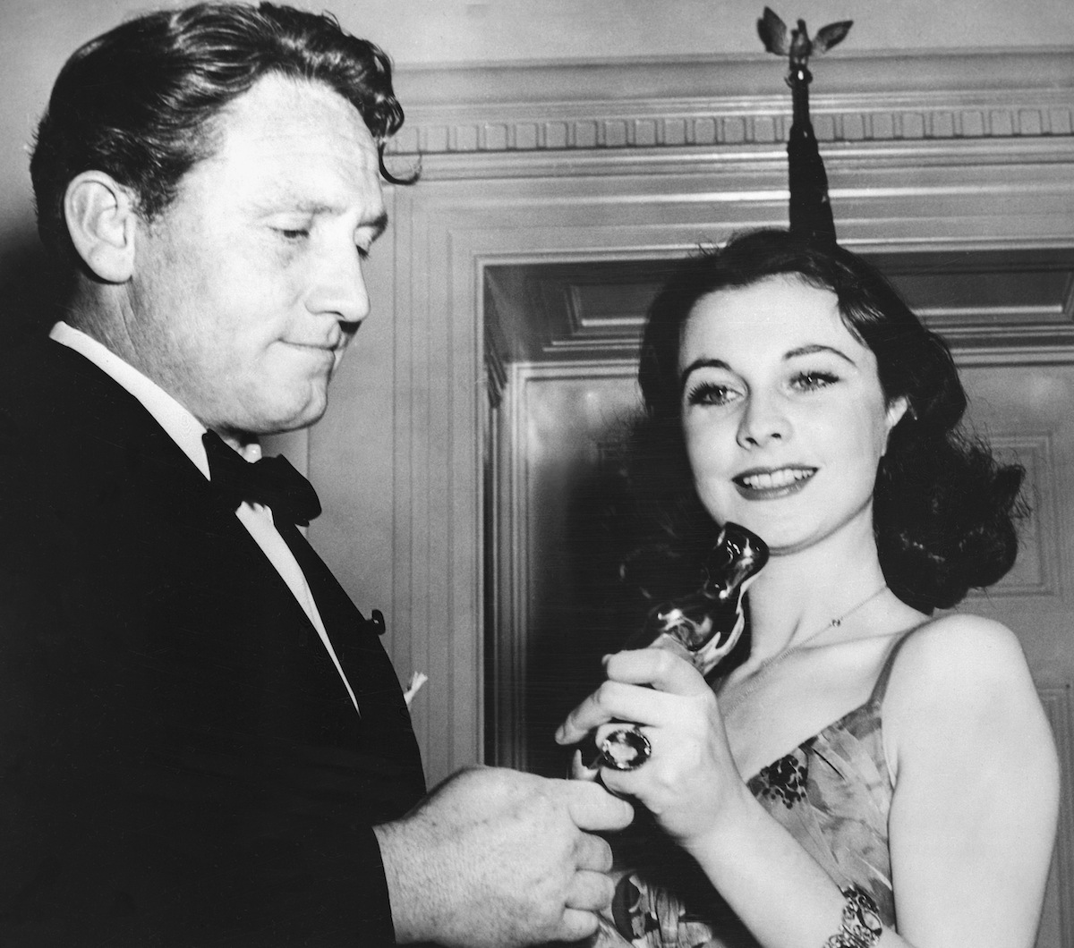 Actor Spencer Tracy and Vivien Leigh, winner of Best Actress for  Gone With the Wind,  during the 12th Annual Academy Awards held at the Cocoanut Grove in The Ambassador Hotel in Los Angeles, Calidfornia on Feb. 29, 1940