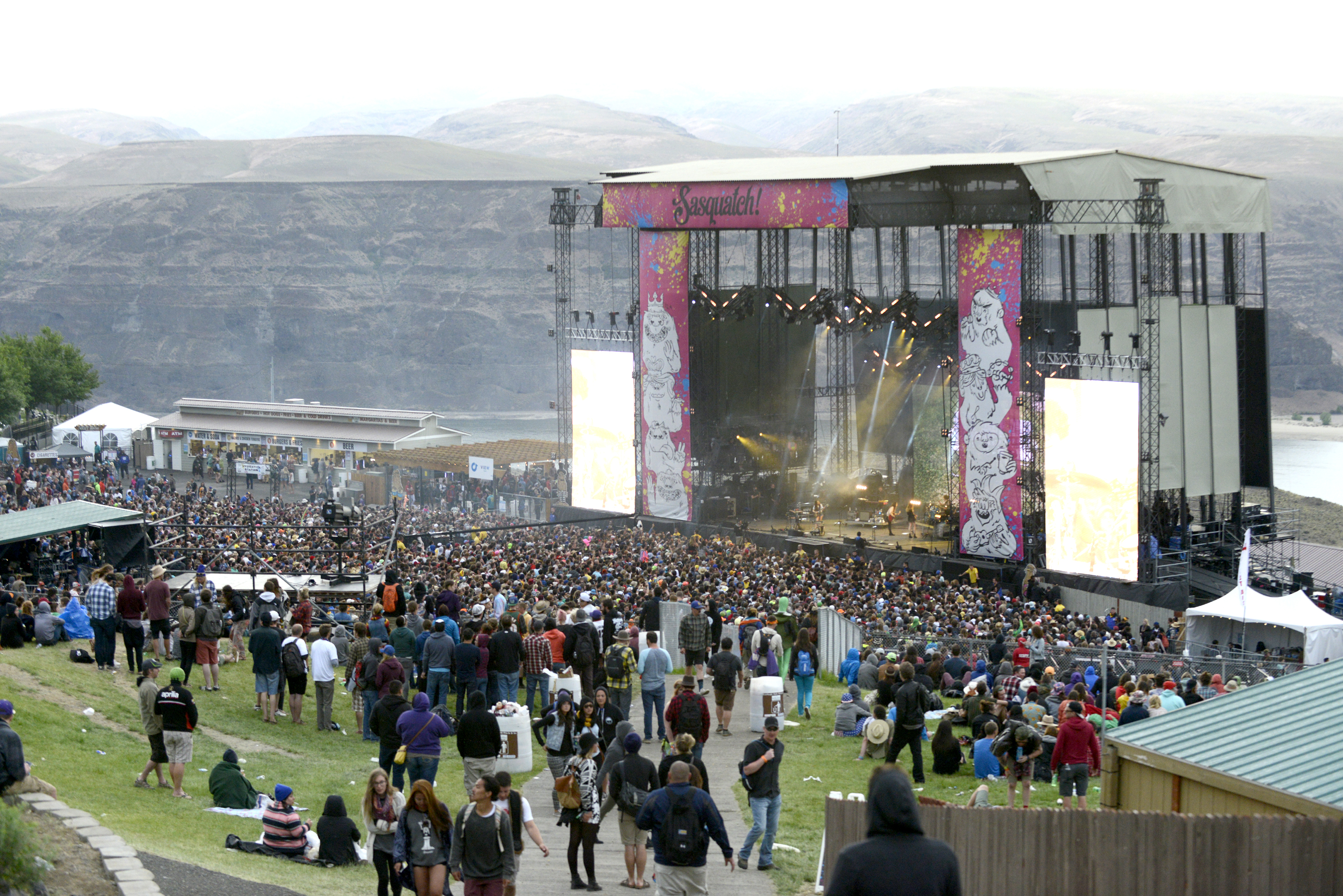The crowd as HAIM performs during the Saquatch! Music Festival at the Gorge Amphitheater on May 25, 2014 in George, Washington