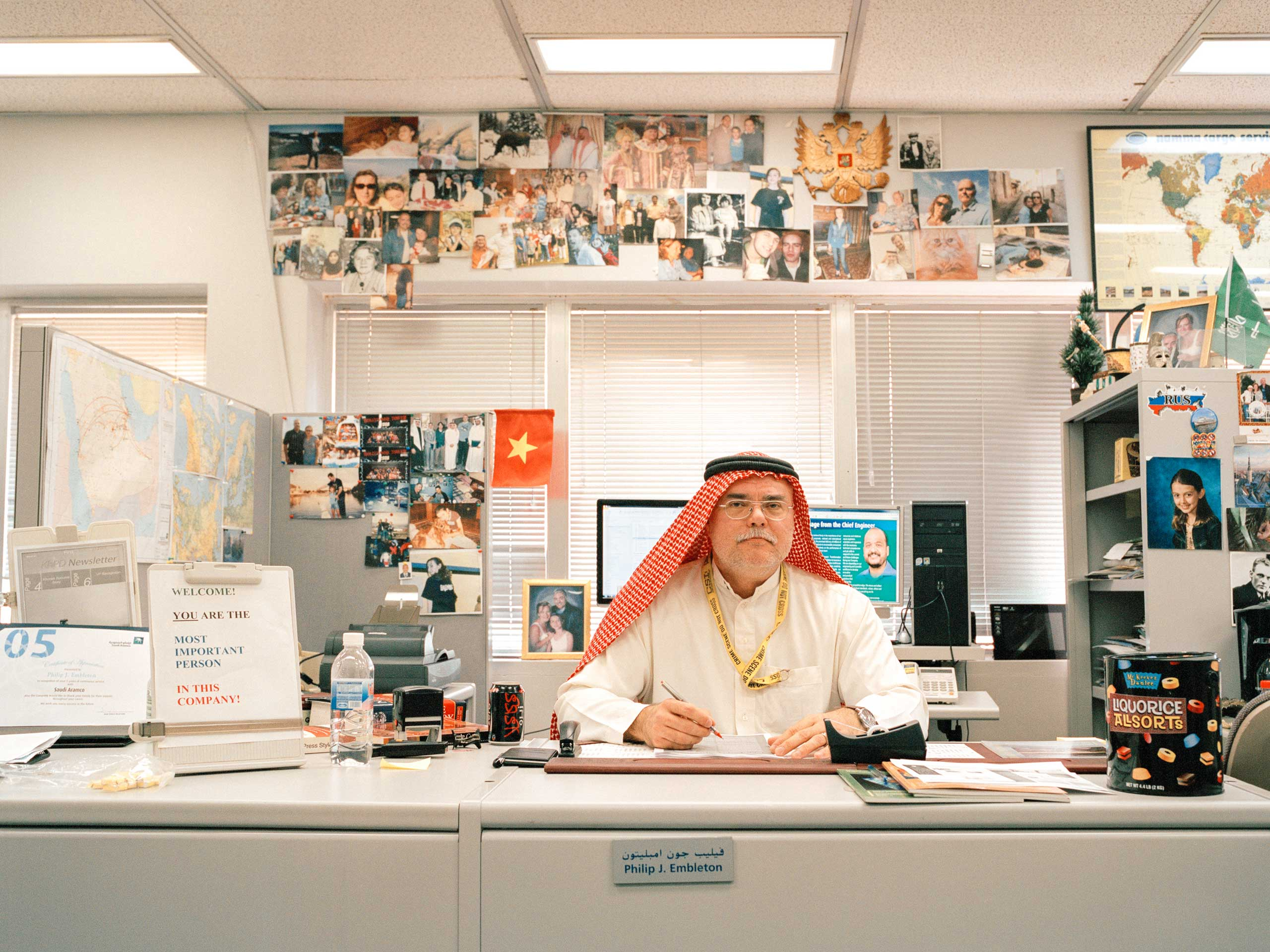 Mr. Embleton is a Canadian expatriate working for Saudi Aramco Public Relations. Sometimes, he chooses to wear a traditional Saudi thobe and guthra to work.