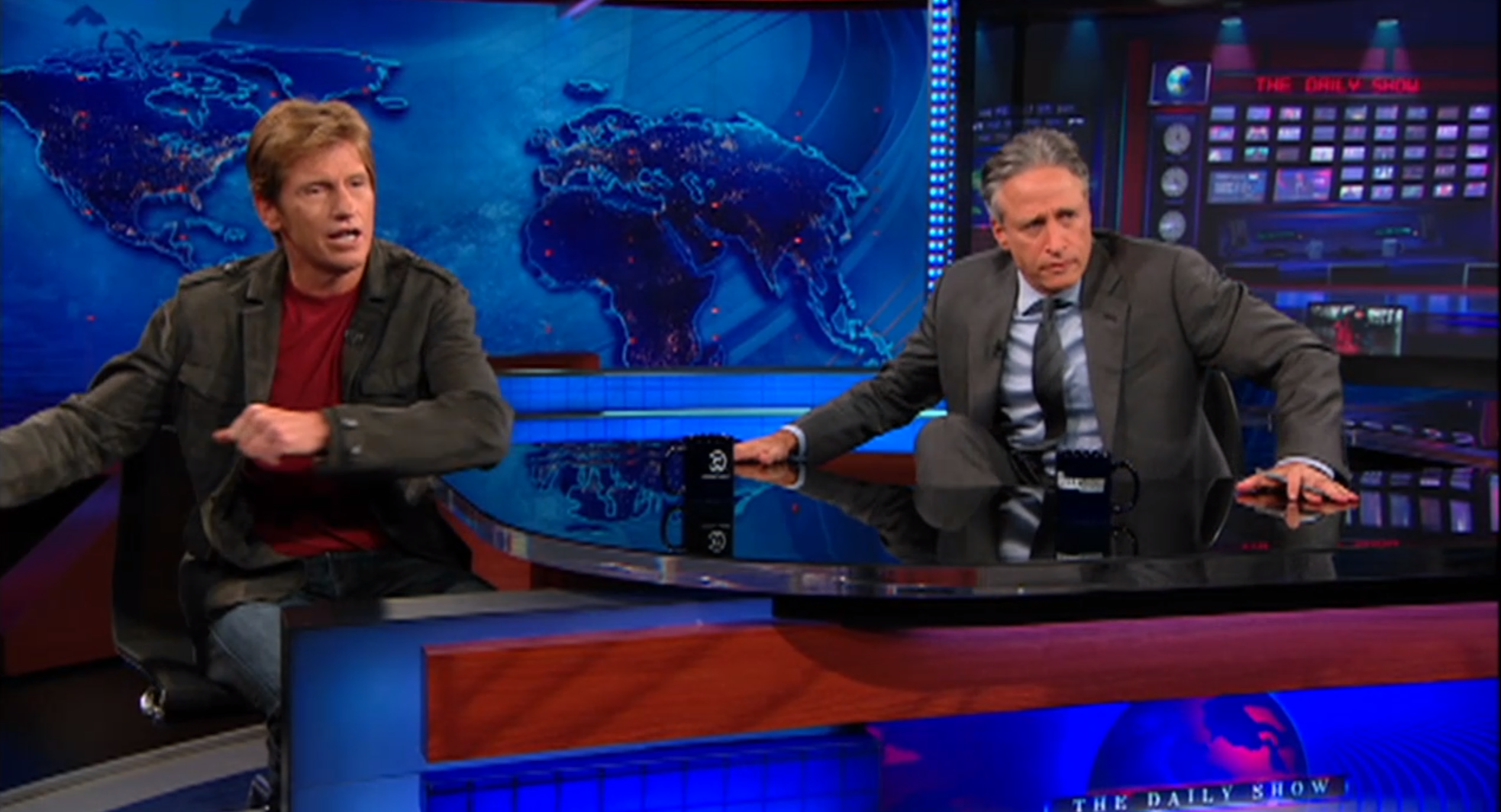 Denis Leary and Jon Stewart have long been friends, so every time the actor appeared on the show, the two comedians would opt to make fun of one another rather than conduct an interview, leaving the audience in stitches