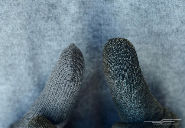 Note that the tip on the Glove.ly (left) has a bit of a protruding seam in the center, whereas the Glider's tip (right) is flush with the glove and located off to the right side, where it won't affect touchscreen performance.