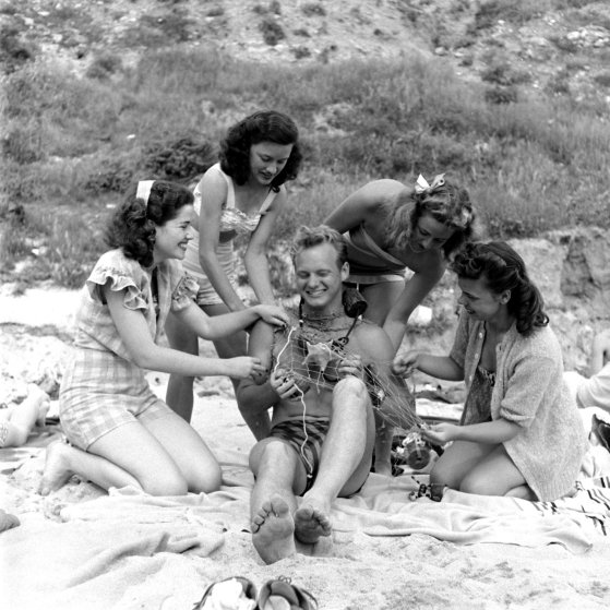 Vintage Spring Break Southern California Beach Vacation, 1947  Timecom-2306