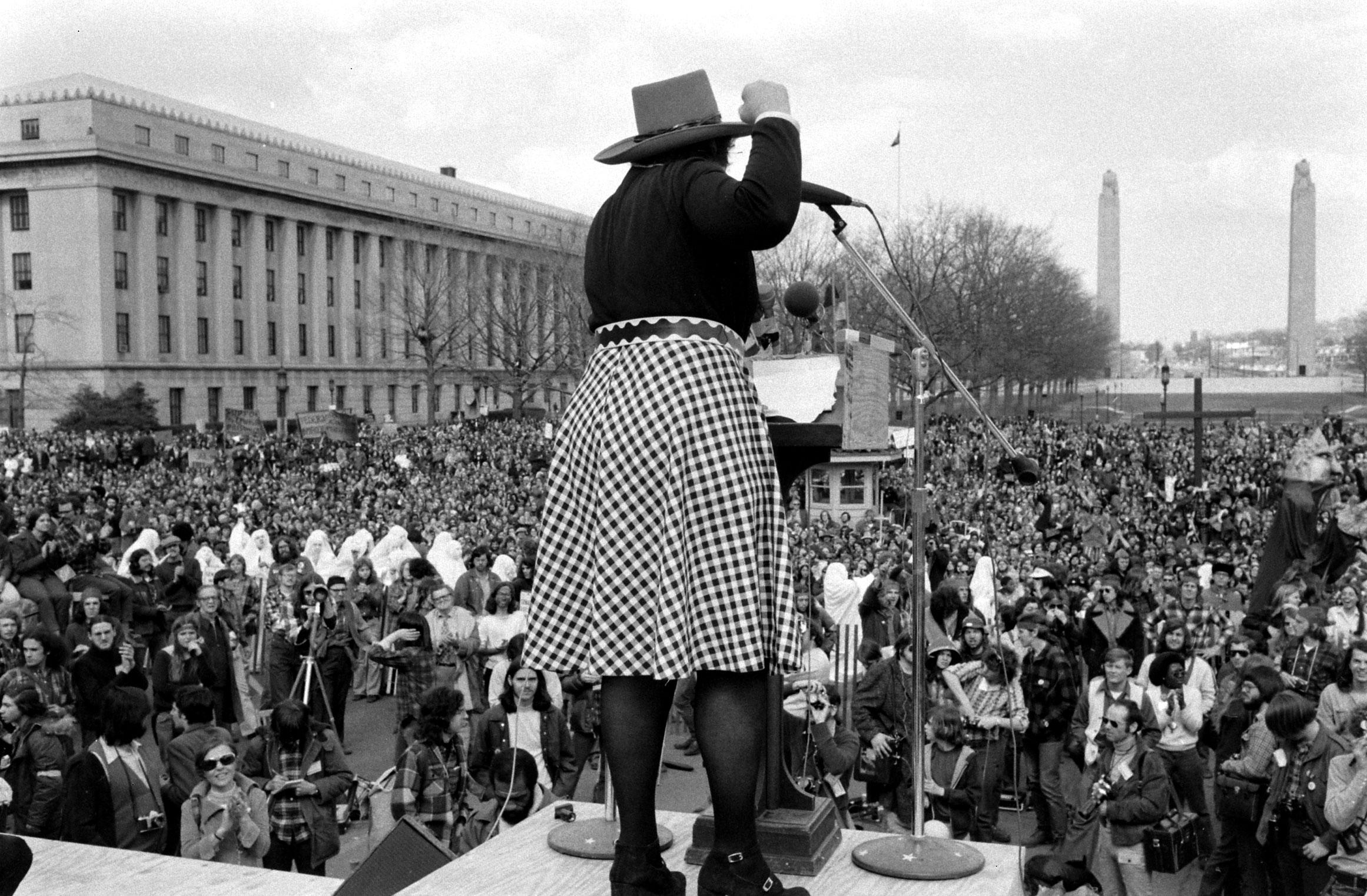 Bella Abzug speaks to supporters, 1972.
