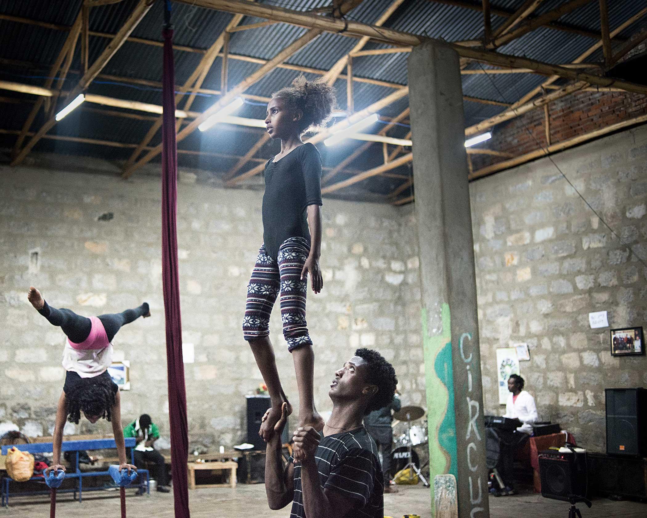 Circus Debere Berhan                               Circus training in the practice hall.