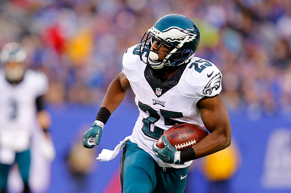 LeSean McCoy of the Philadelphia Eagles in action against the New York Giants at MetLife Stadium in East Rutherford, N.J., on Dec. 28, 2014