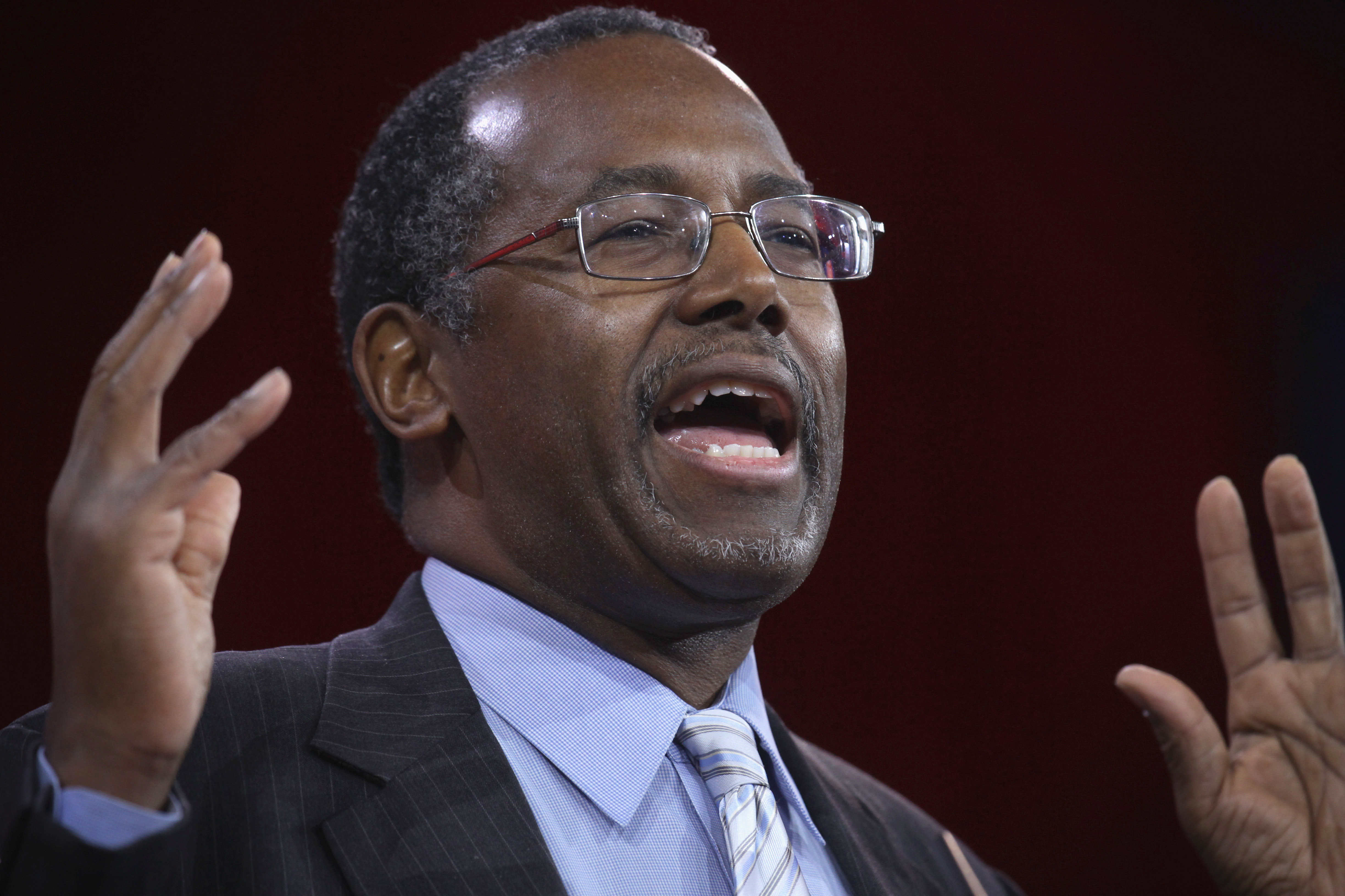 Ben Carson addresses the 42nd annual Conservative Political Action Conference on February 26, 2015 in National Harbor, Maryland.