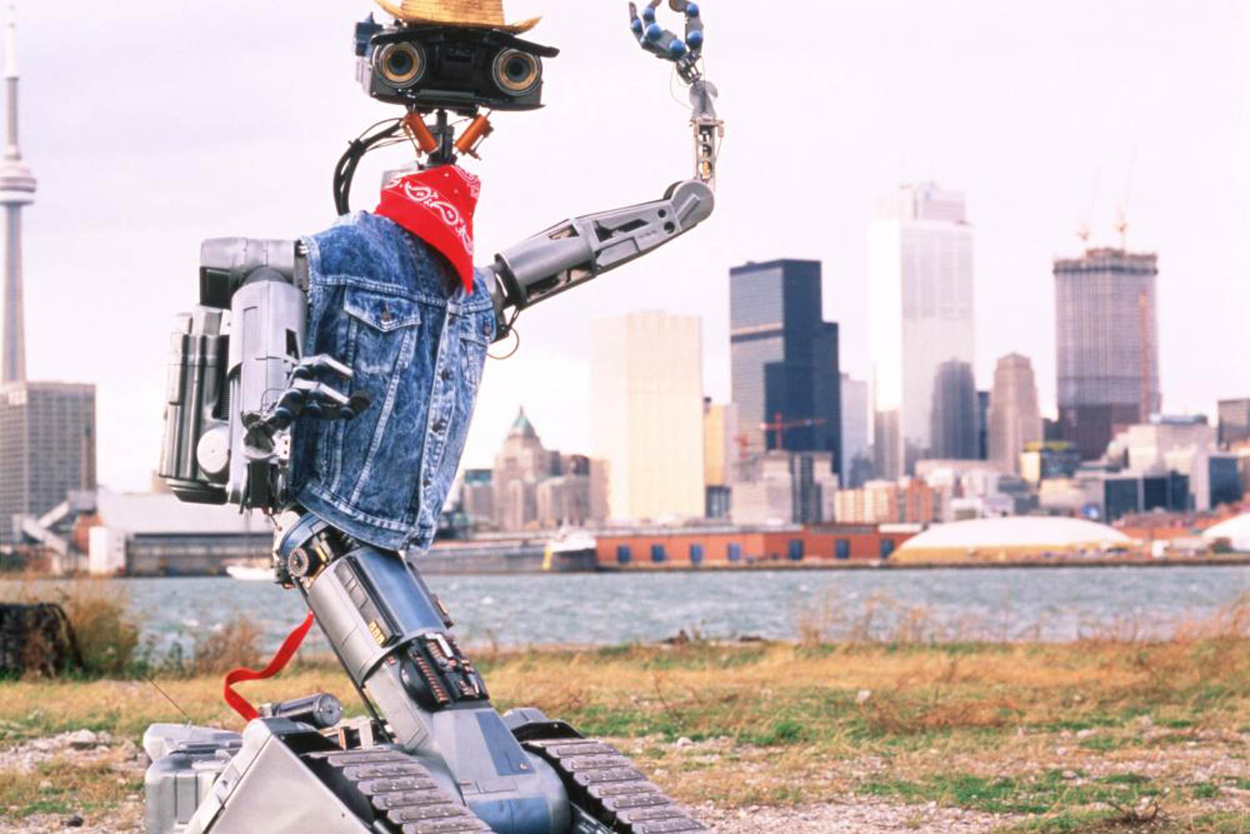 <strong>Johnny 5 – <i>Short Circuit 2</i>, 1988</strong>