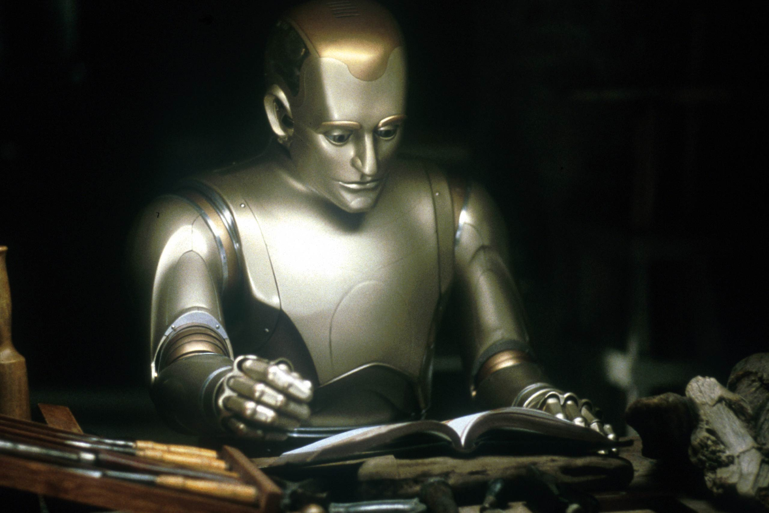 <strong>Andrew Martin – <i>Bicentennial Man</i>, 1999</strong>