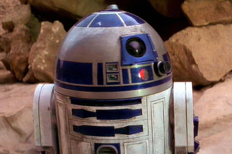 <strong>R2D2 – <i>Star Wars</i>, 1977</strong>