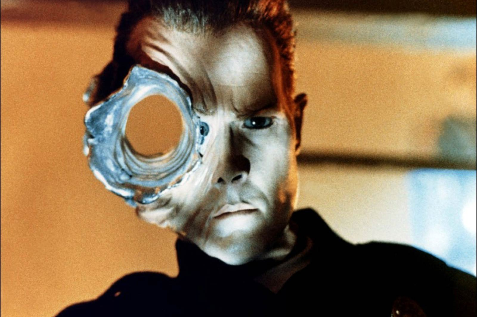 <strong>T-1000 – <i>Terminator 2: Judgement Day</i>, 1991</strong>