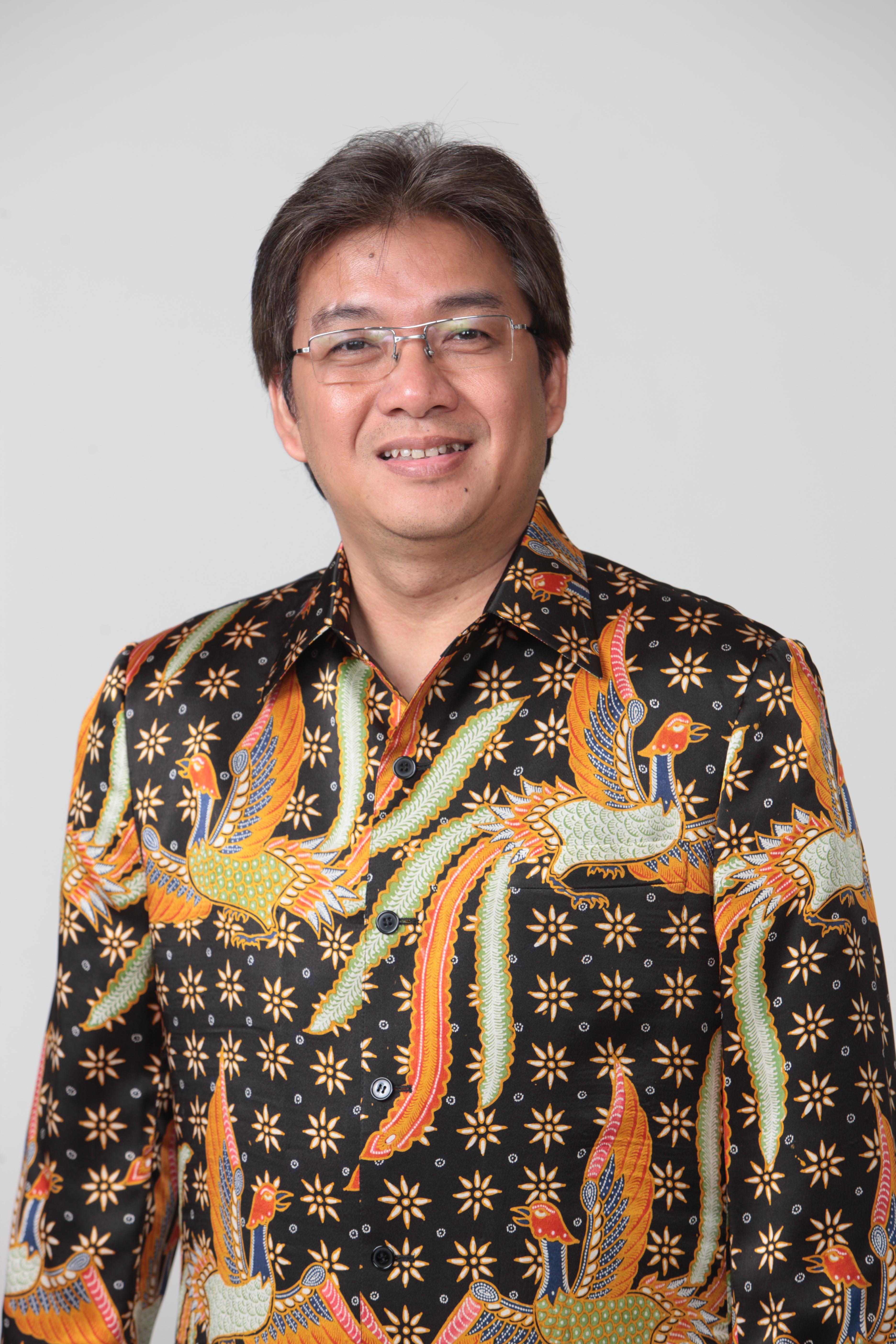 Denny Januar Ali