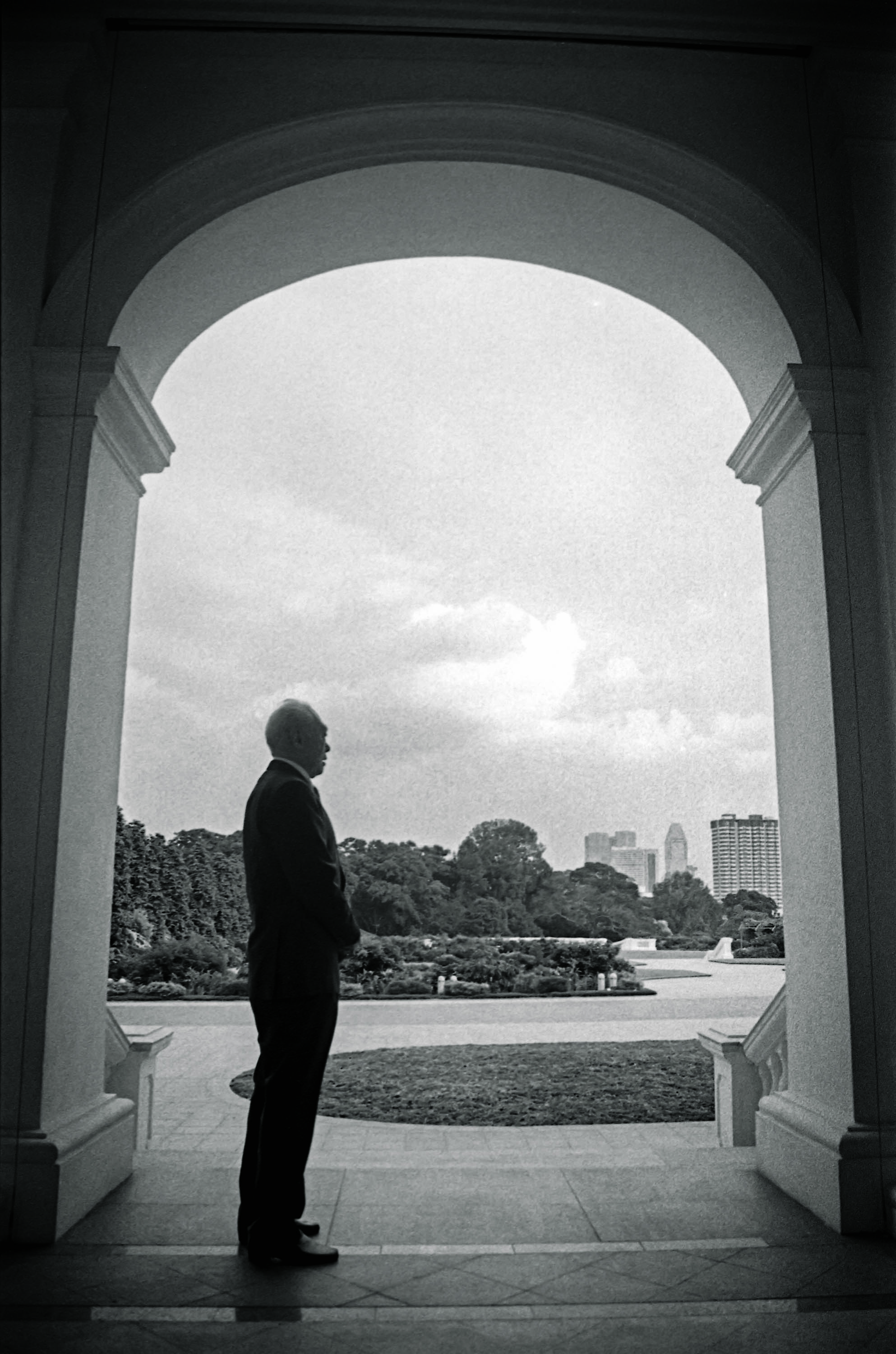 Lee, in 2000, at the Istana in Singapore, where he spent decades as the city-state's PrimeMinister.