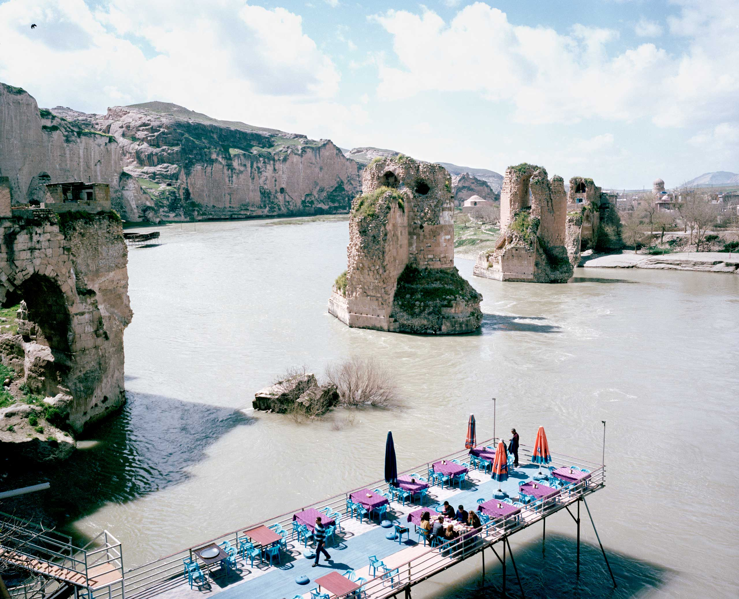 The view from the terrace of a restaurant above the Tigris River. Hasankeyf, Turkey.