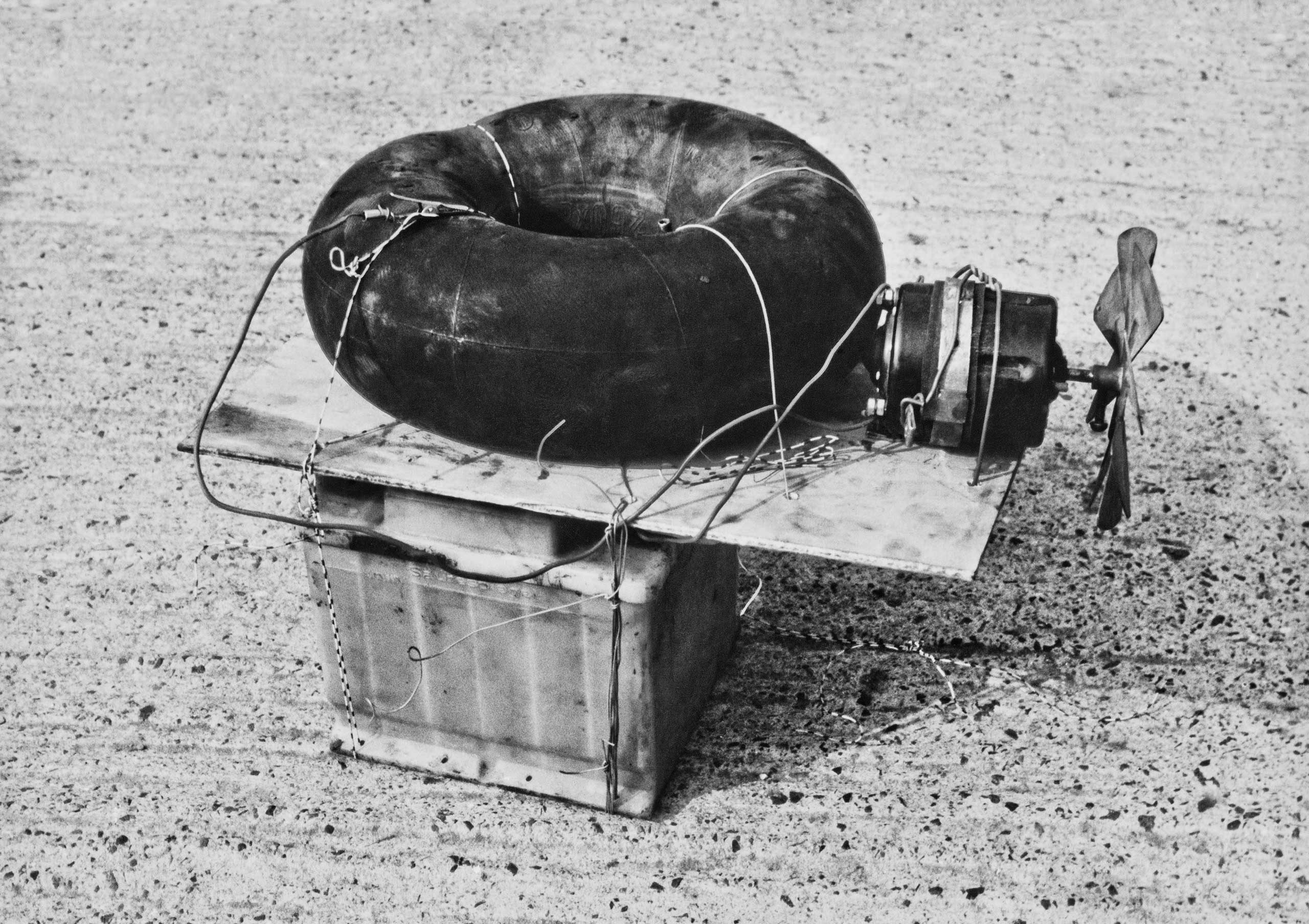Float made of a car tire tube, fan motor, and car battery by a car body maker from the state enterprise VEB Sachsenring Zwickau. After he was arrested on June 26, 1989, at 9.30 pm, he admitted under interrogation that he had wanted to escape via the Baltic Sea at Boltenhagen the same evening.
