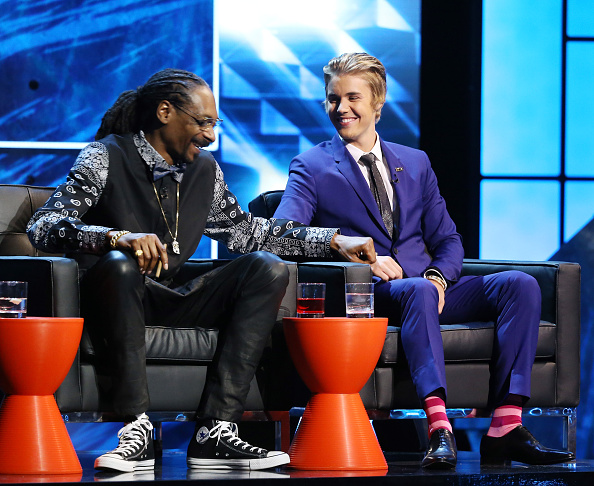 Snoop Dogg and Justin Bieber onstage during Comedy Central Roast of Justin Bieber held at Sony Picture Studios on March 14, 2015 in Los Angeles, California.