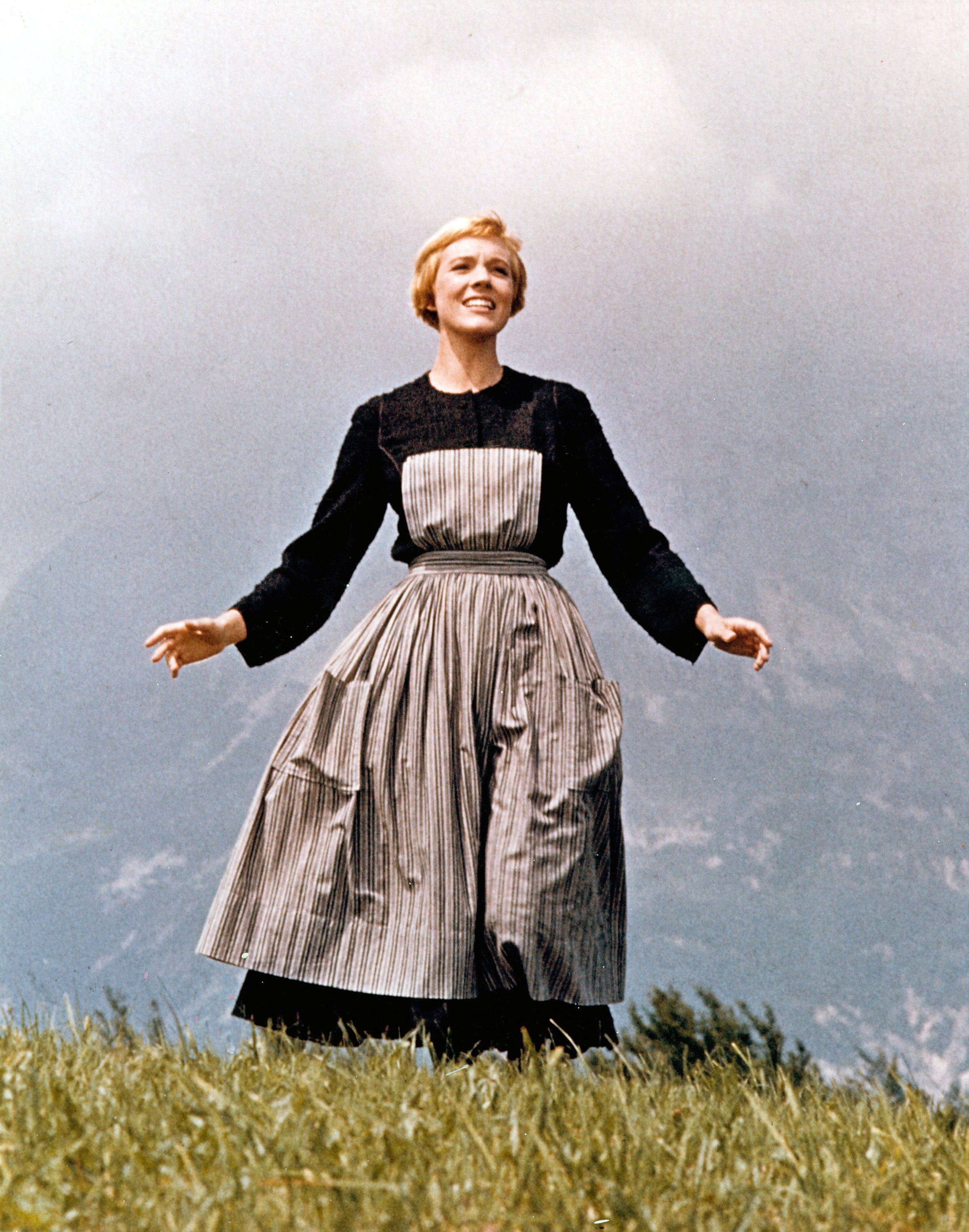 "Julie Andrews: Everyone Should Have a Crack at ""The Sound of Music"" 