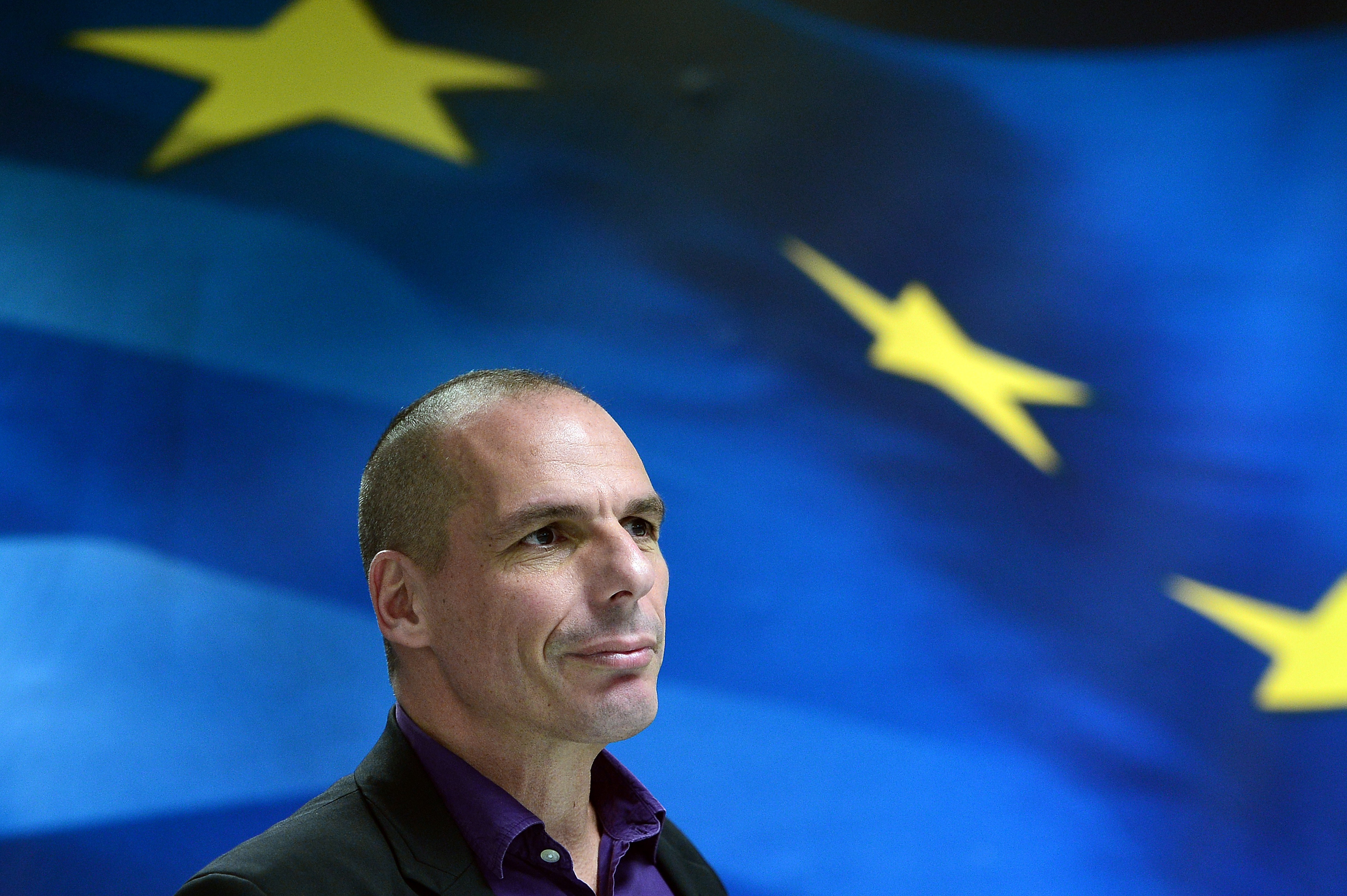 Greek Finance Minister Yanis Varoufakis arrives to present his ministry's new secretaries at a press conference in Athens on March 4, 2015.