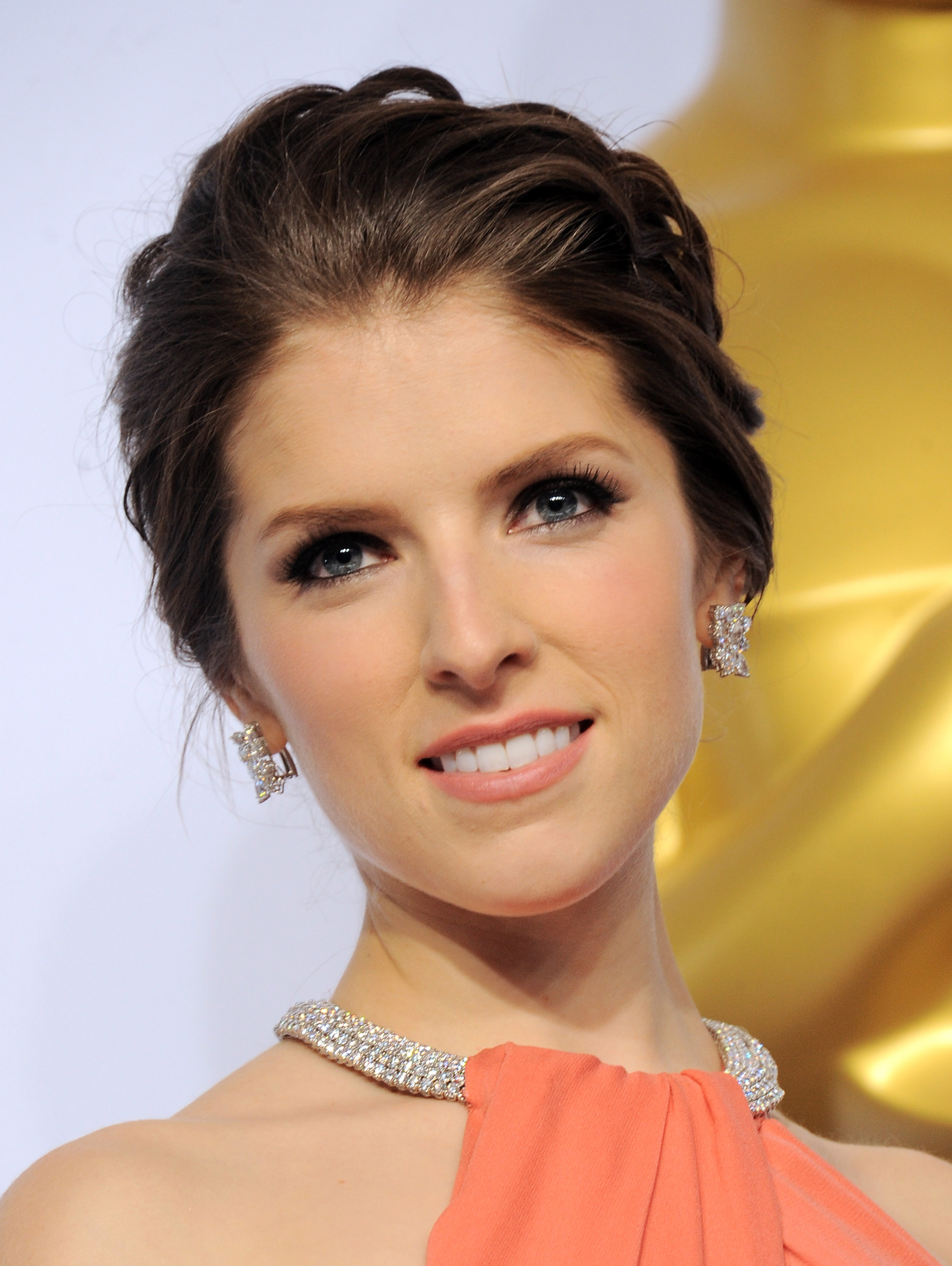 Actress Anna Kendrick poses inside the press room of the 87th Annual Academy Awards held at Loews Hollywood Hotel on February 22, 2015 in Hollywood, California.