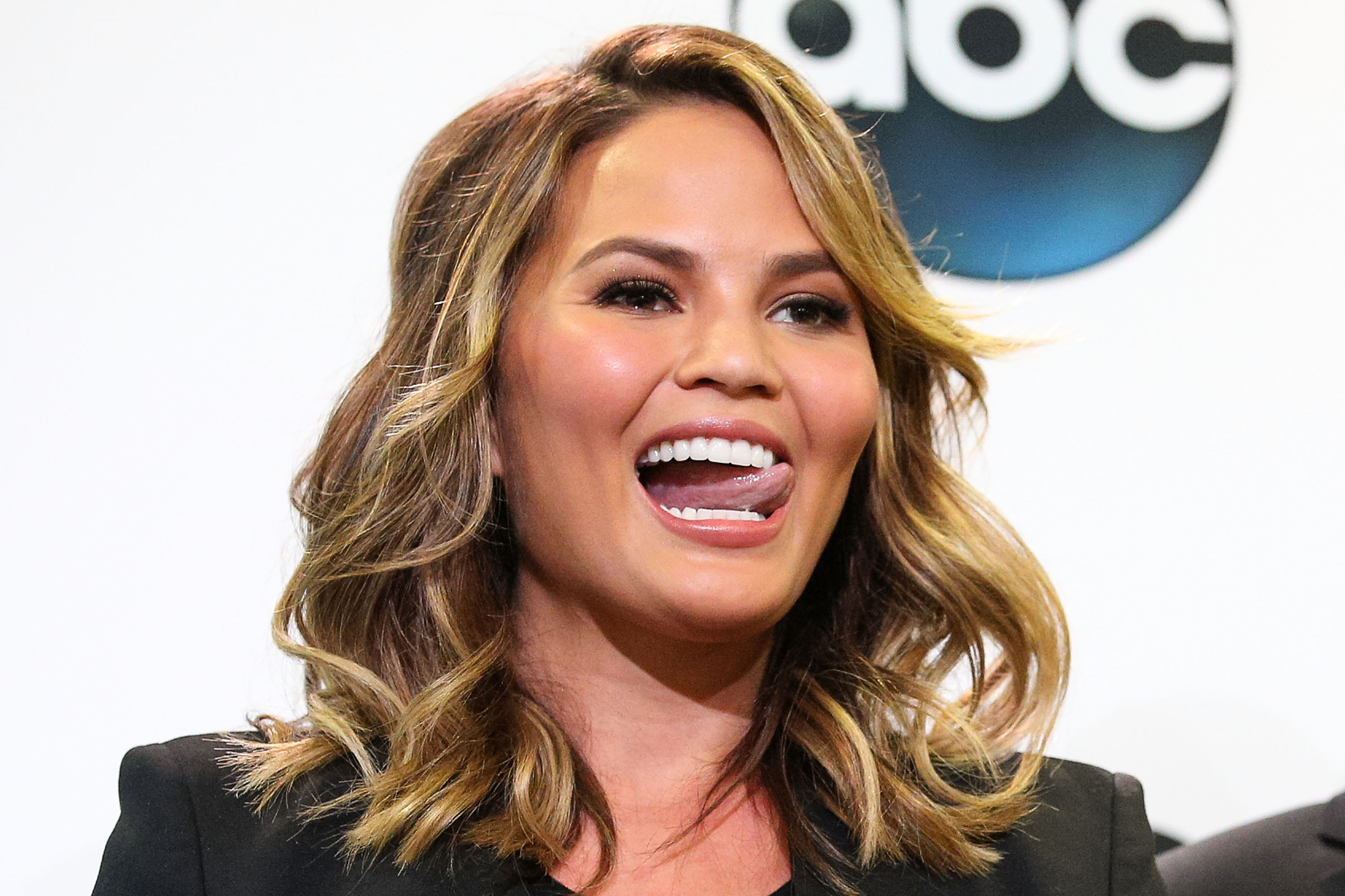 Model Chrissy Teigen attends the 2015 Billboard Music Awards finalists press conference at Twitter on April 7, 2015 in Santa Monica, California.  (Photo by Imeh Akpanudosen/Getty Images)
