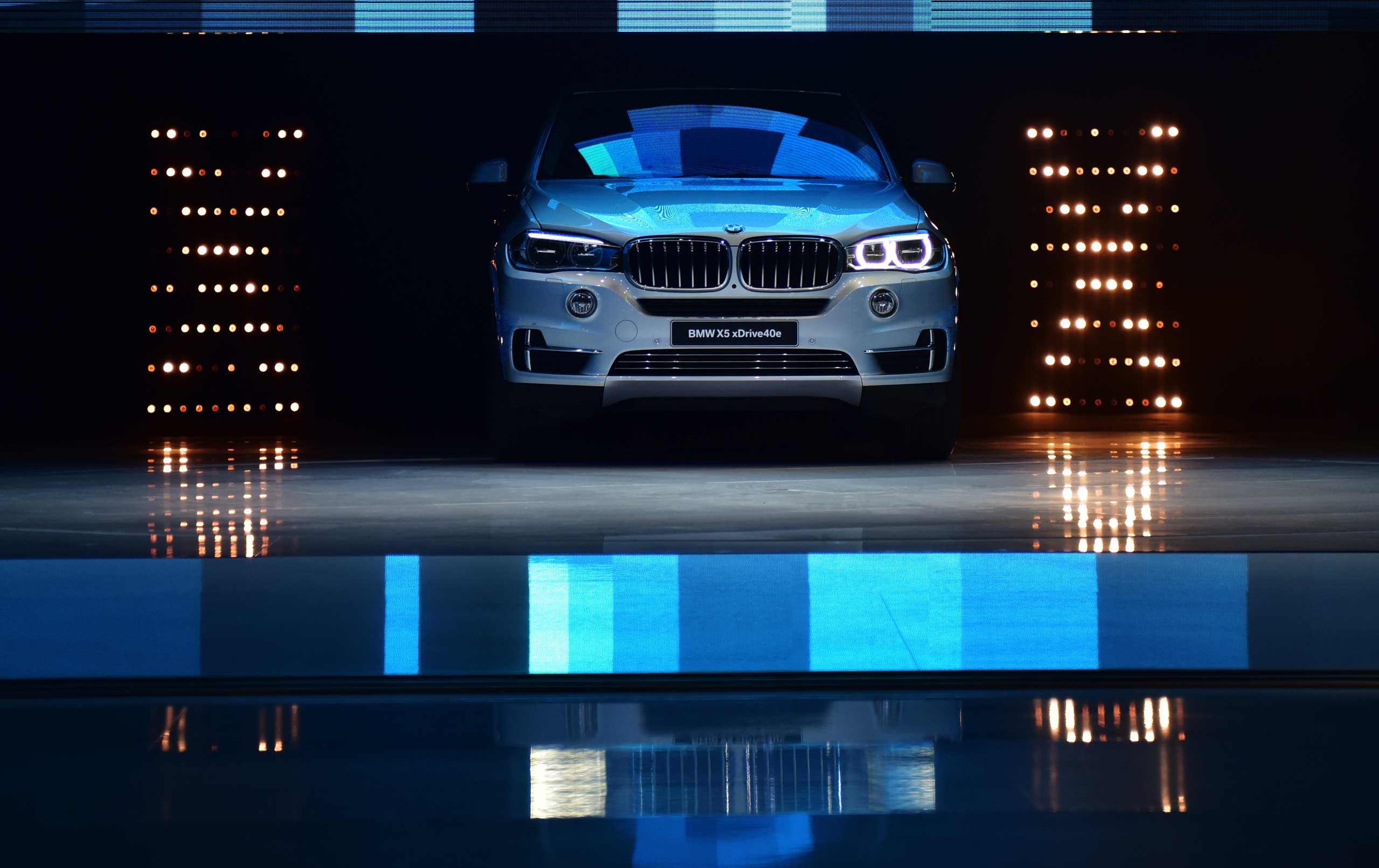 A BMW X5 xDrive 40e is displayed at the 16th Shanghai International Automobile Industry Exhibition in Shanghai on April 20, 2015.
