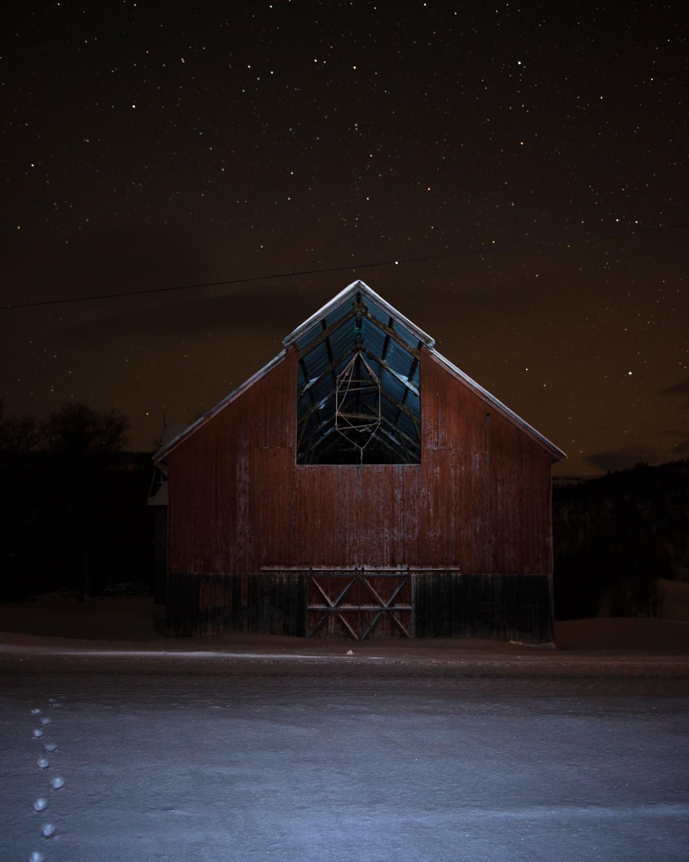 Abandoned barn in Hessdalen. February 2013