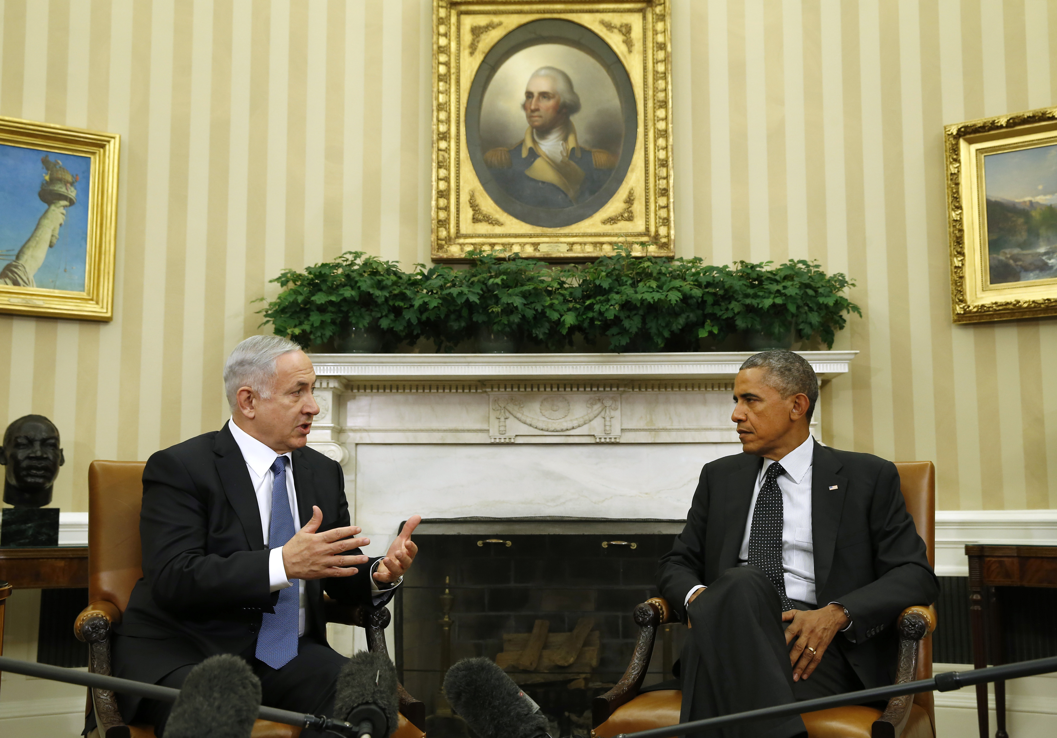 President Barack Obama meets with Israel's Prime Minister Benjamin Netanyahu at the White House in Washington on Oct. 1,  2014.