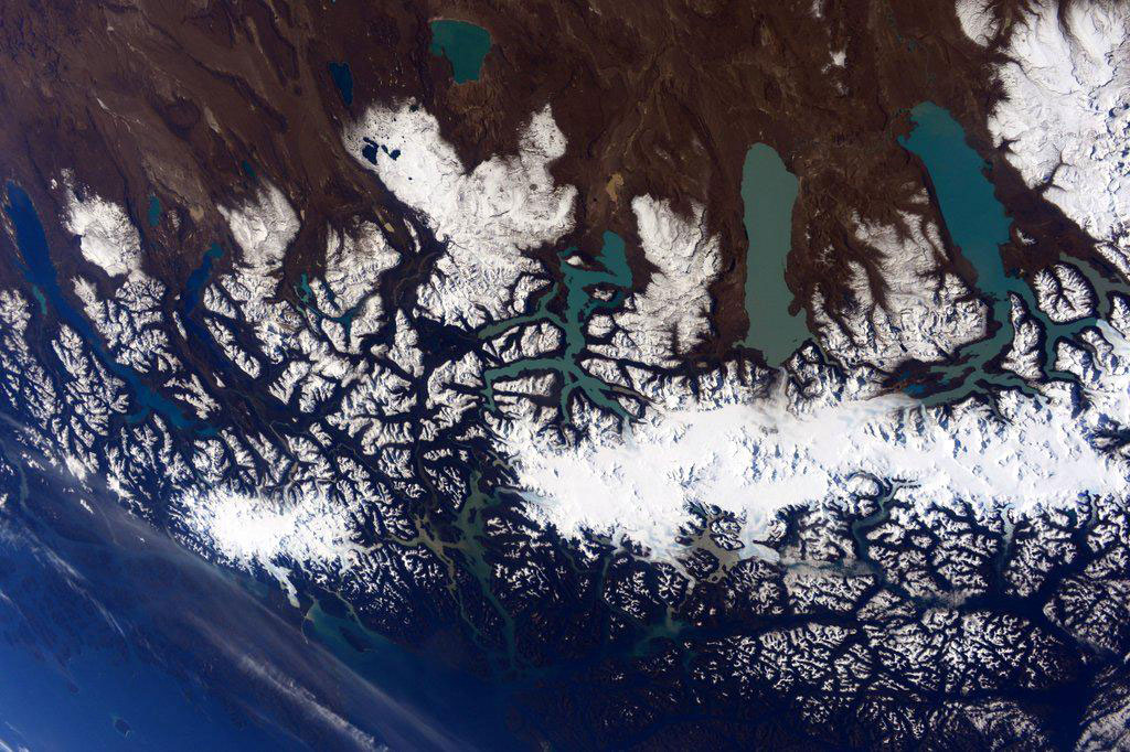 """""""#Patagonia never disappoints. #YearInSpace"""" - <a href=""""https://twitter.com/StationCDRKelly/status/585507642723983360"""" target=""""_blank"""">via Twitter</a> on April 7, 2015"""