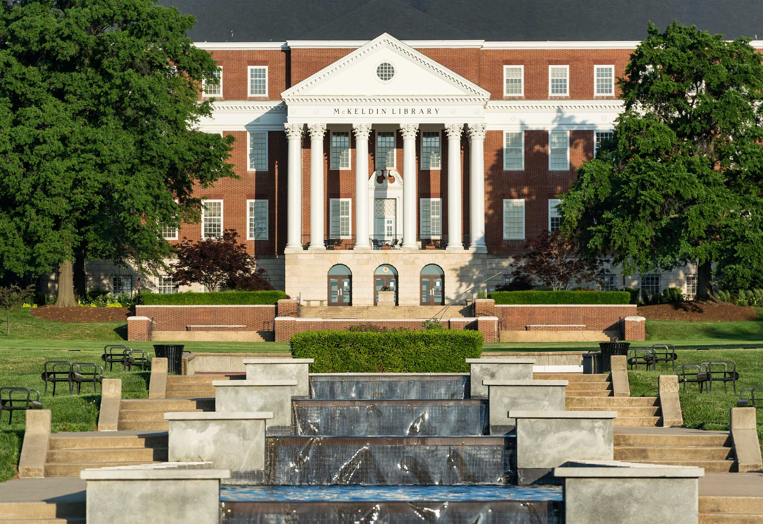 McKeldin Library and fountain, University of Maryland.
