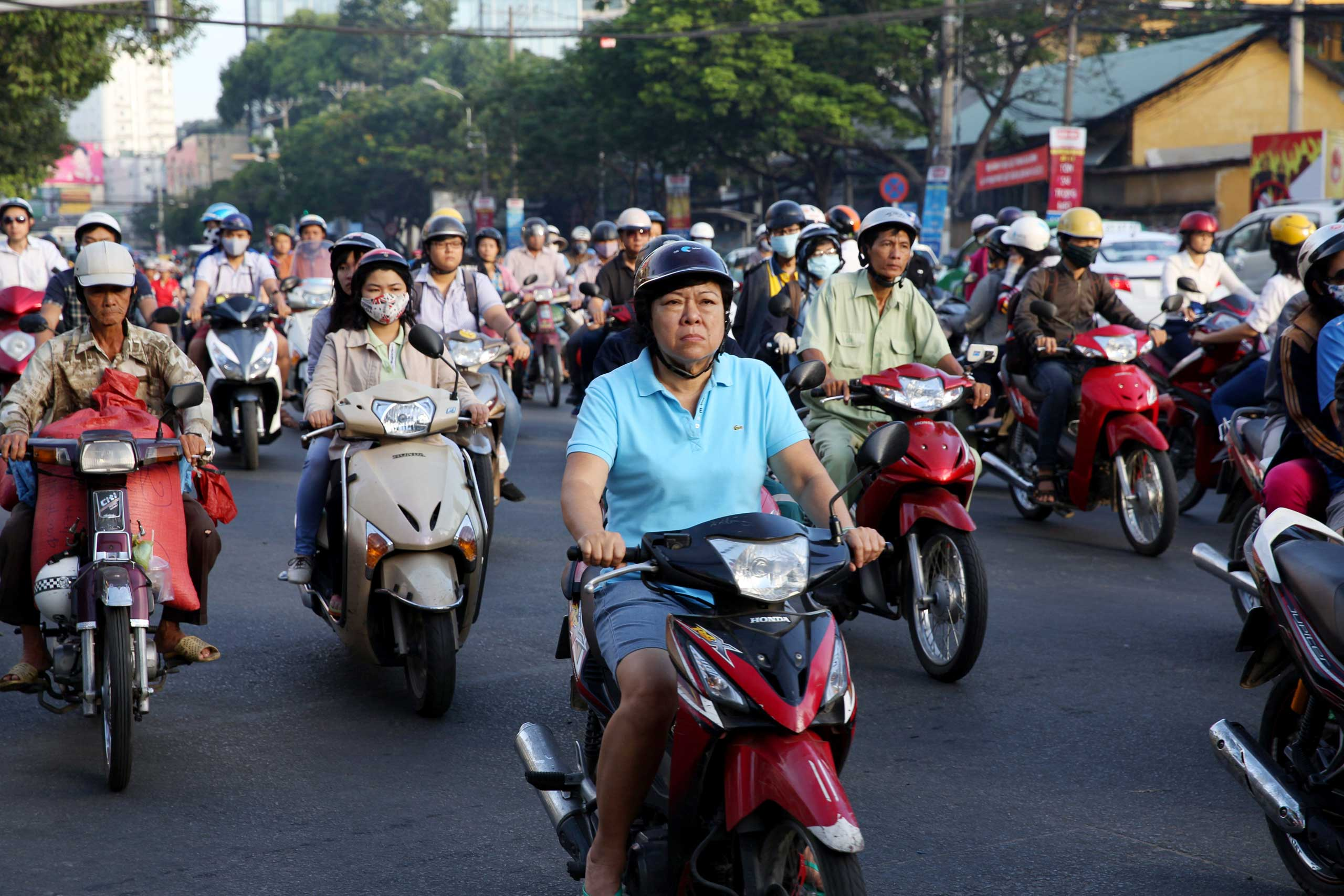 Heavy traffic in central Ho Chi Minh City during the morning rush hour on Nov 22, 2014.