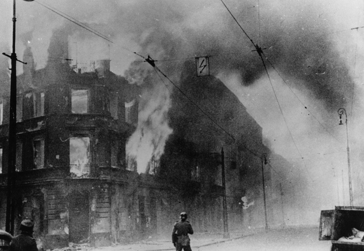 1943:  Fire breaks out during the Warsaw Ghetto Uprising