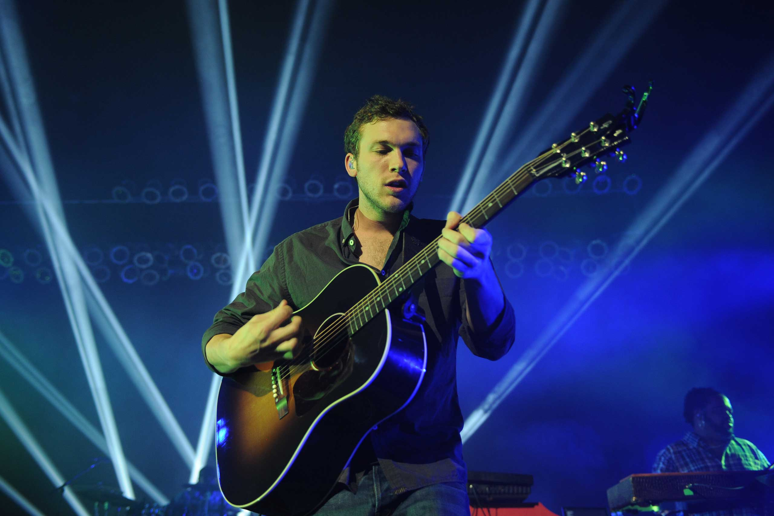 <b>Phillip Phillips</b>, season 11 winner, performs at Hard Rock Live! in the Seminole Hard Rock Hotel &amp; Casino in Hollywood, Fla. on Nov. 15, 2014.