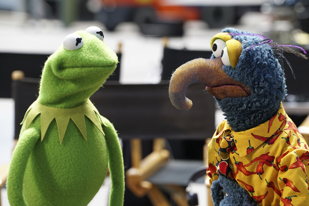 Kermit and Gonzo in ABC's new mockumentary The Muppets