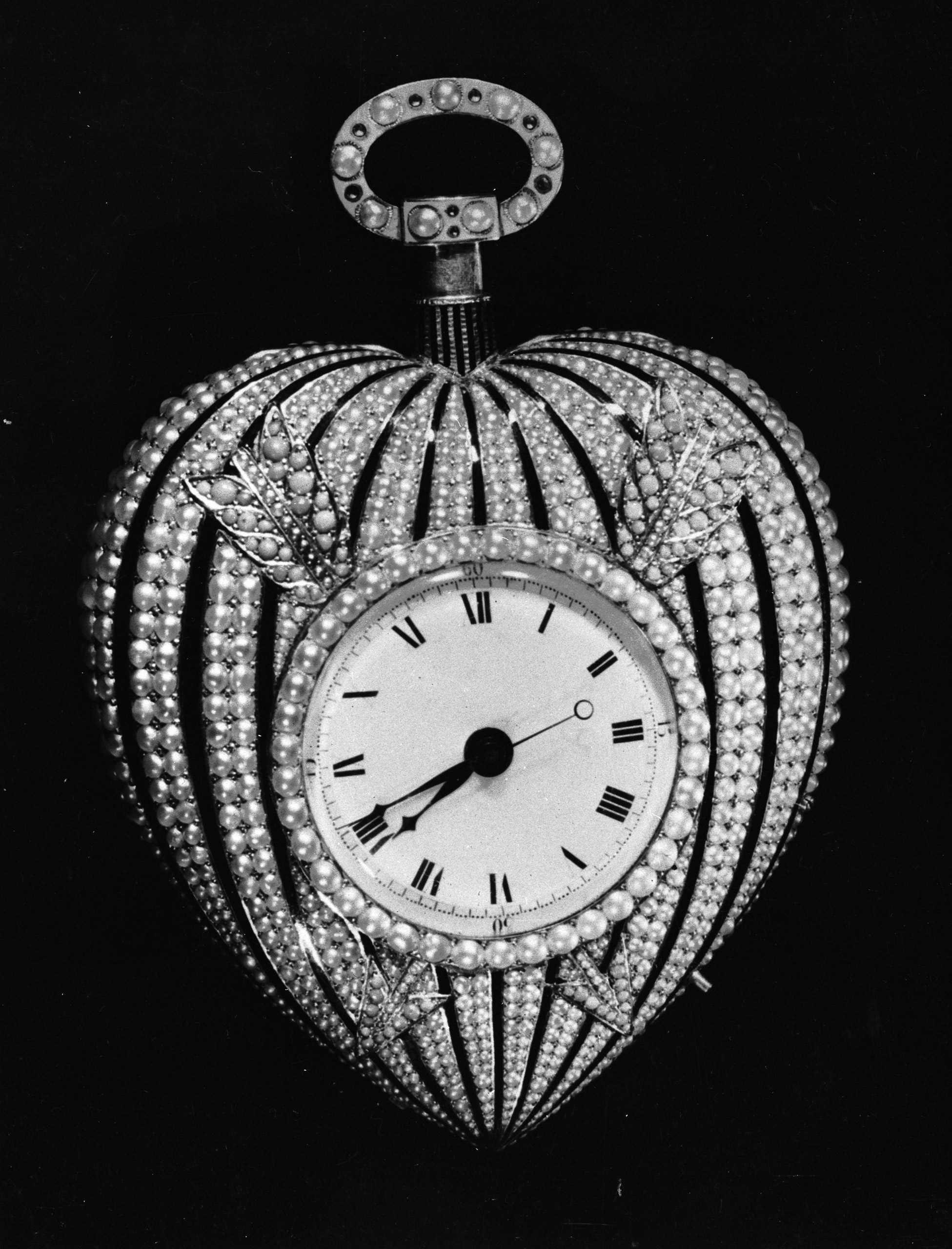 The heart-shaped watch given to Josephine by Napoleon Bonaparte.