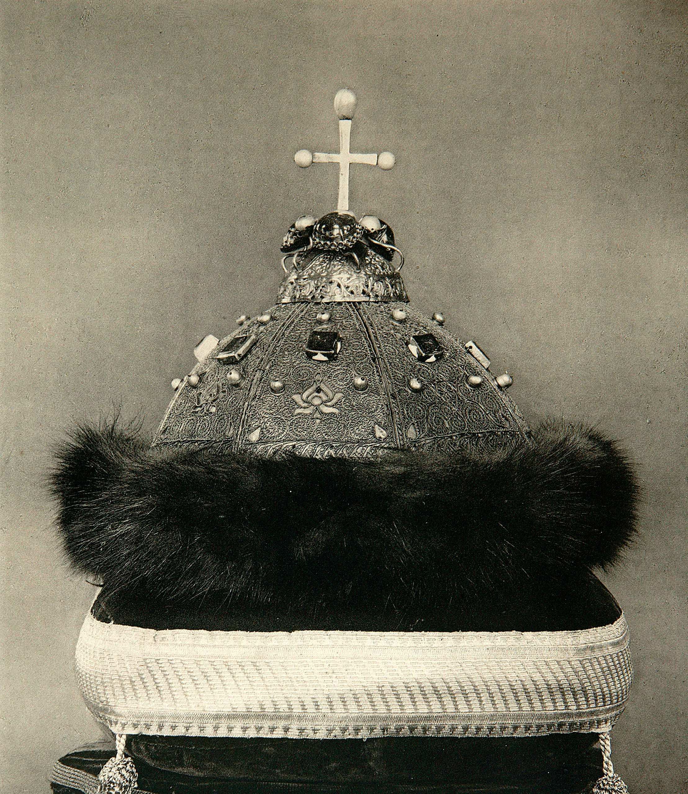 The Monomakh's Cap, before 1884. The Monomakh's Cap was the crown of all Muscovite Grand Princes and Tsars from Dmitri Donskoi to Peter the Great, who replaced it with the Imperial Crown of Russia in 1721.