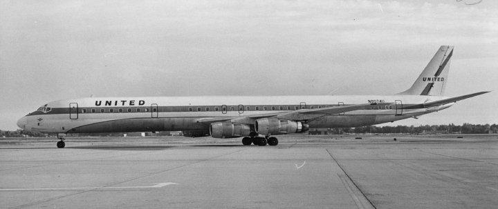 United Airlines - Super DC