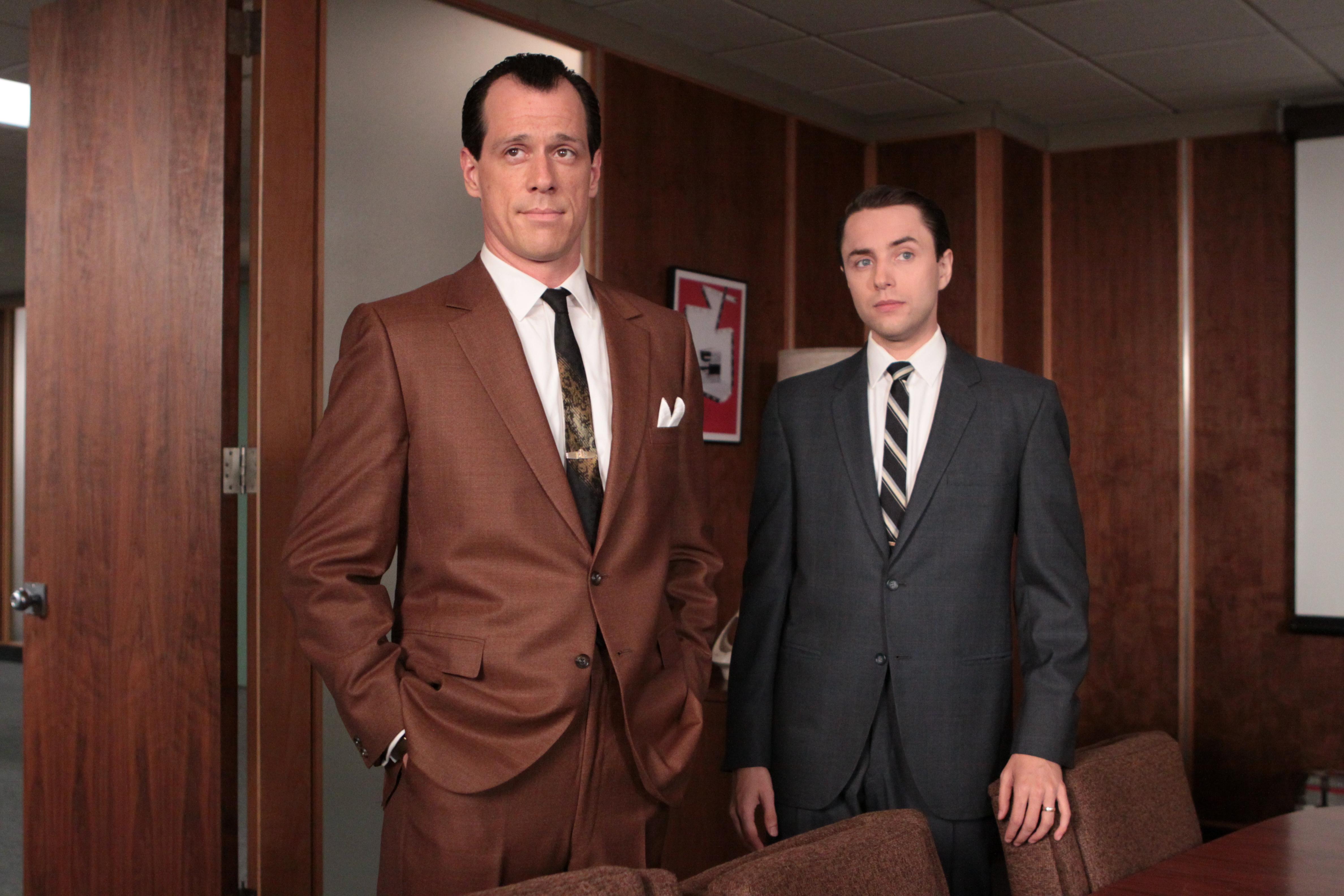 Lee Garner Jr. (Darren Pettie) and Pete Campbell (Vincent Kartheiser) in Mad Men