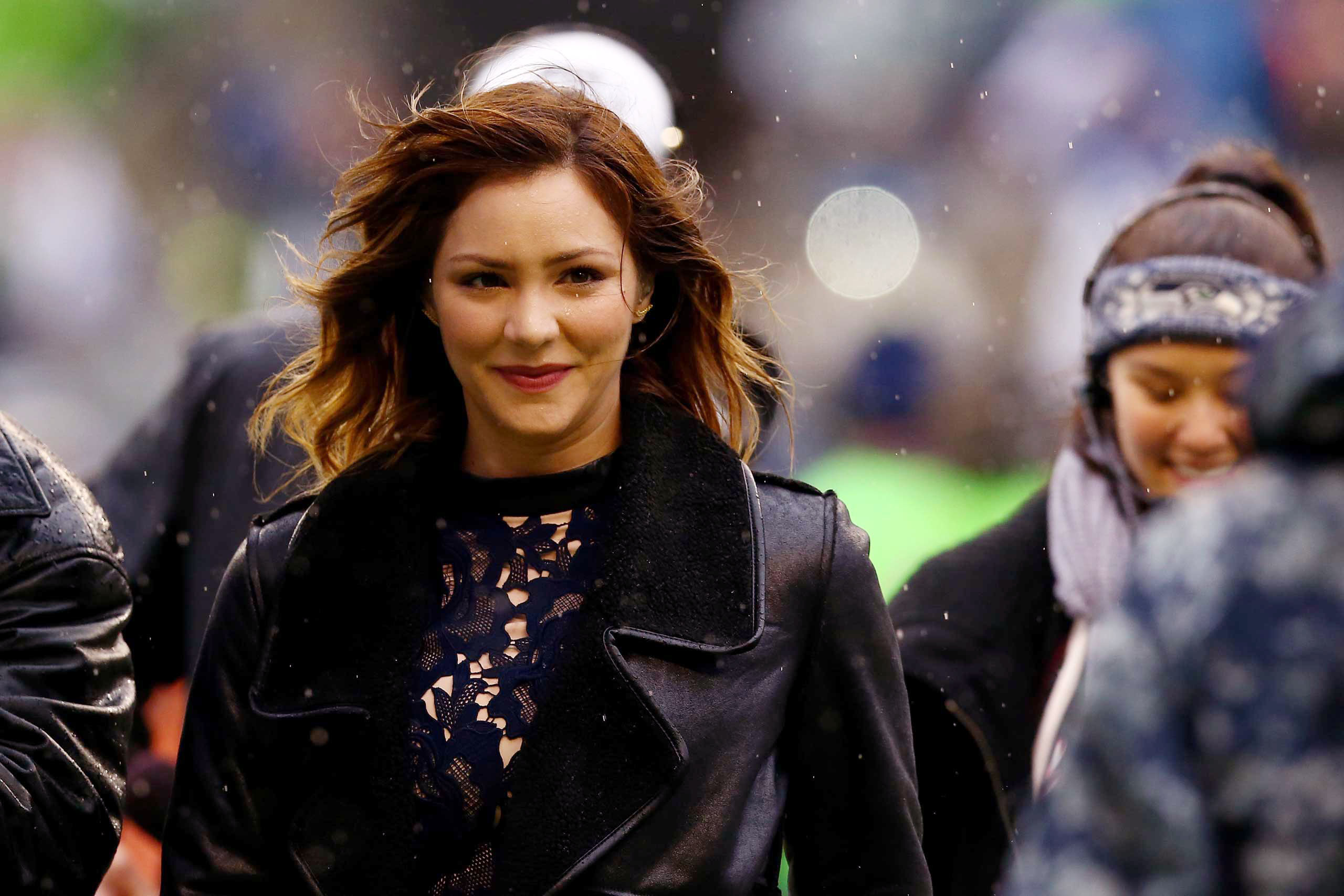 <b>Katharine McPhee</b>, season 5 runner-up, walks out on the field to sing the national anthem before the 2015 NFC Championship game between the Seattle Seahawks and the Green Bay Packers at CenturyLink Field in Seattle on Jan. 18, 2015.