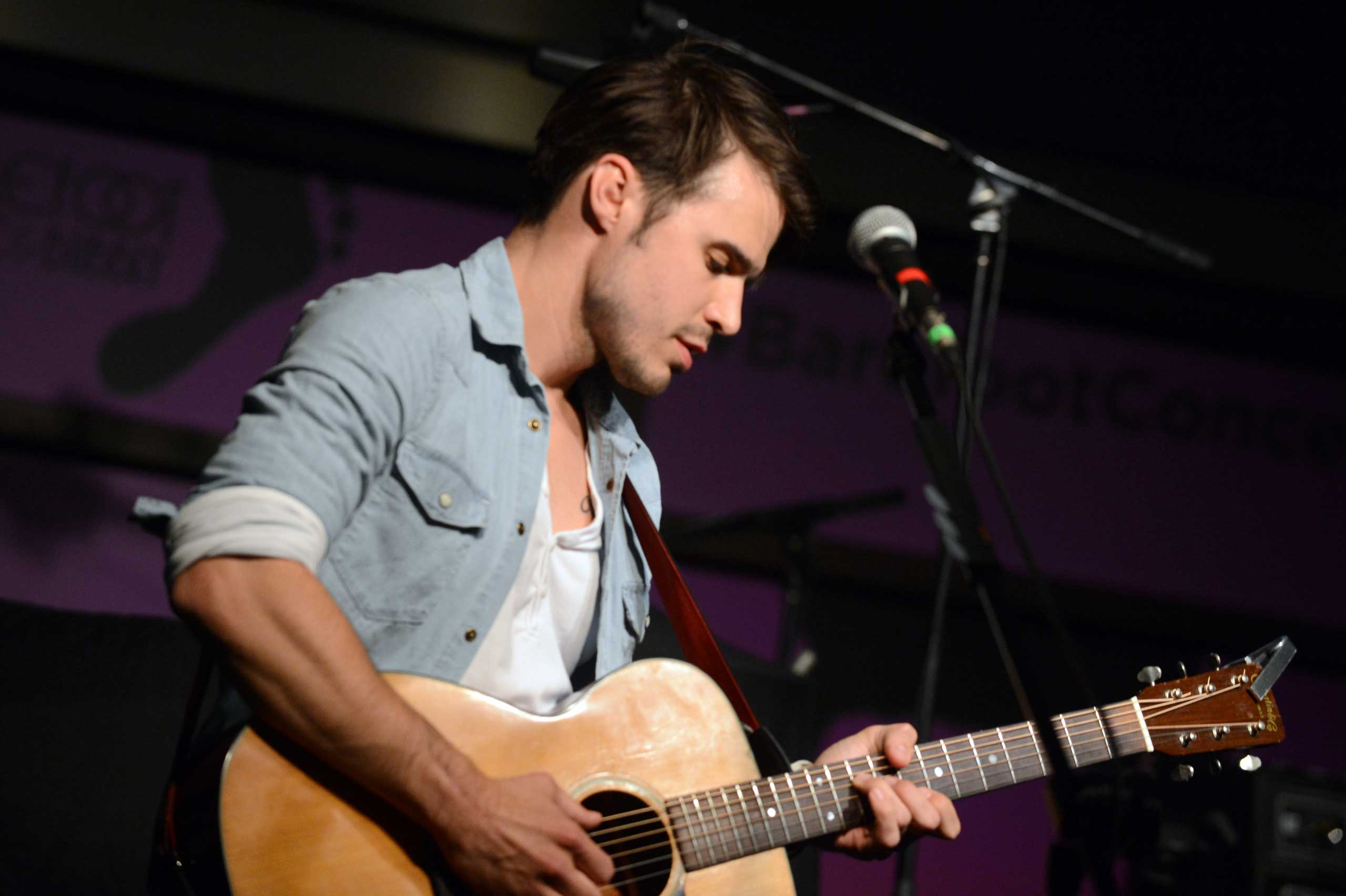 <b>Kris Allen</b>, winner of season 8, performs at the Soles4Souls charity concert, sponsored by Barefoot Wine &amp; Bubbly at the Bridge Building in Nashville on April 1, 2014.